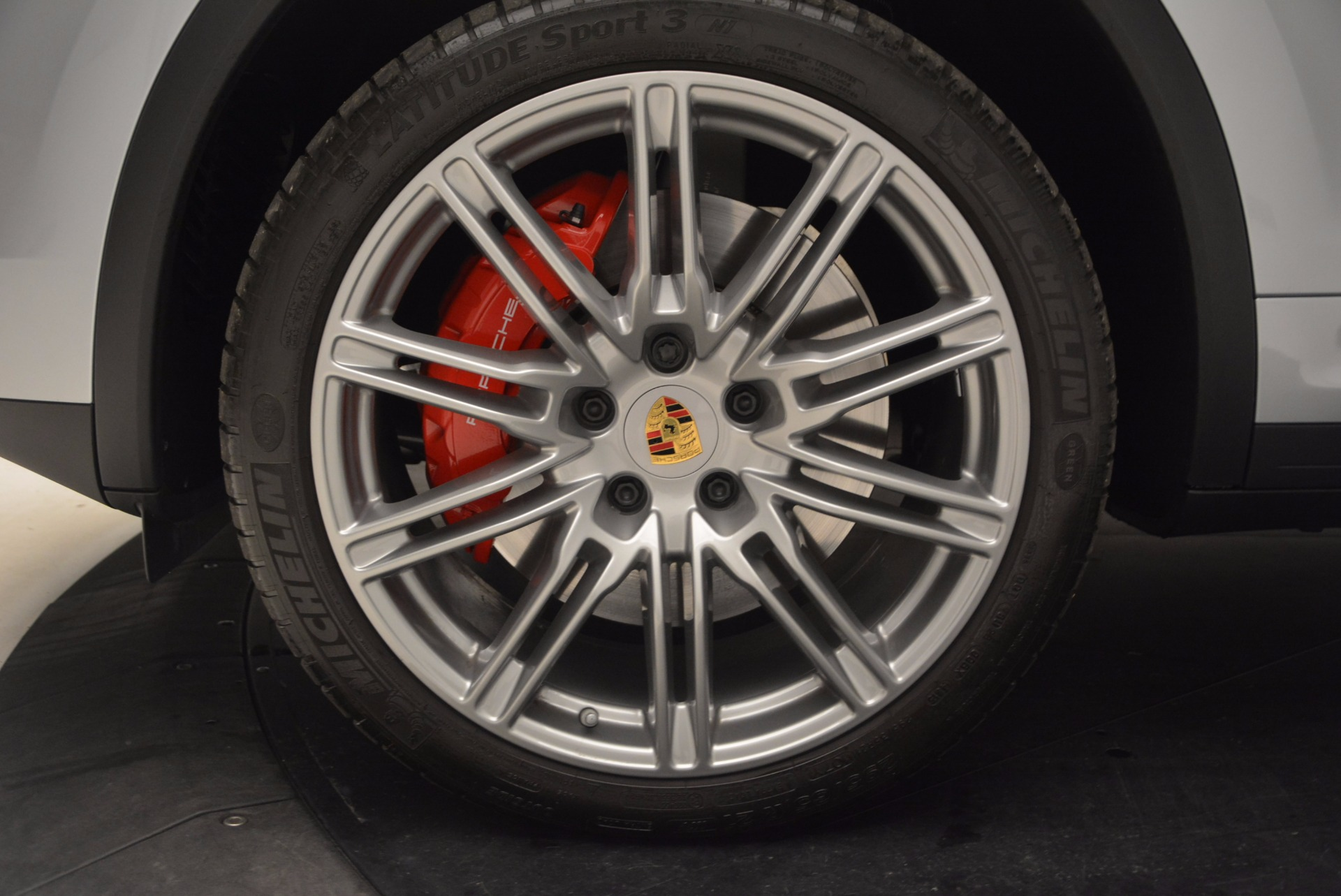 Used 2016 Porsche Cayenne Turbo For Sale In Greenwich, CT. Alfa Romeo of Greenwich, 7165 1000_p16