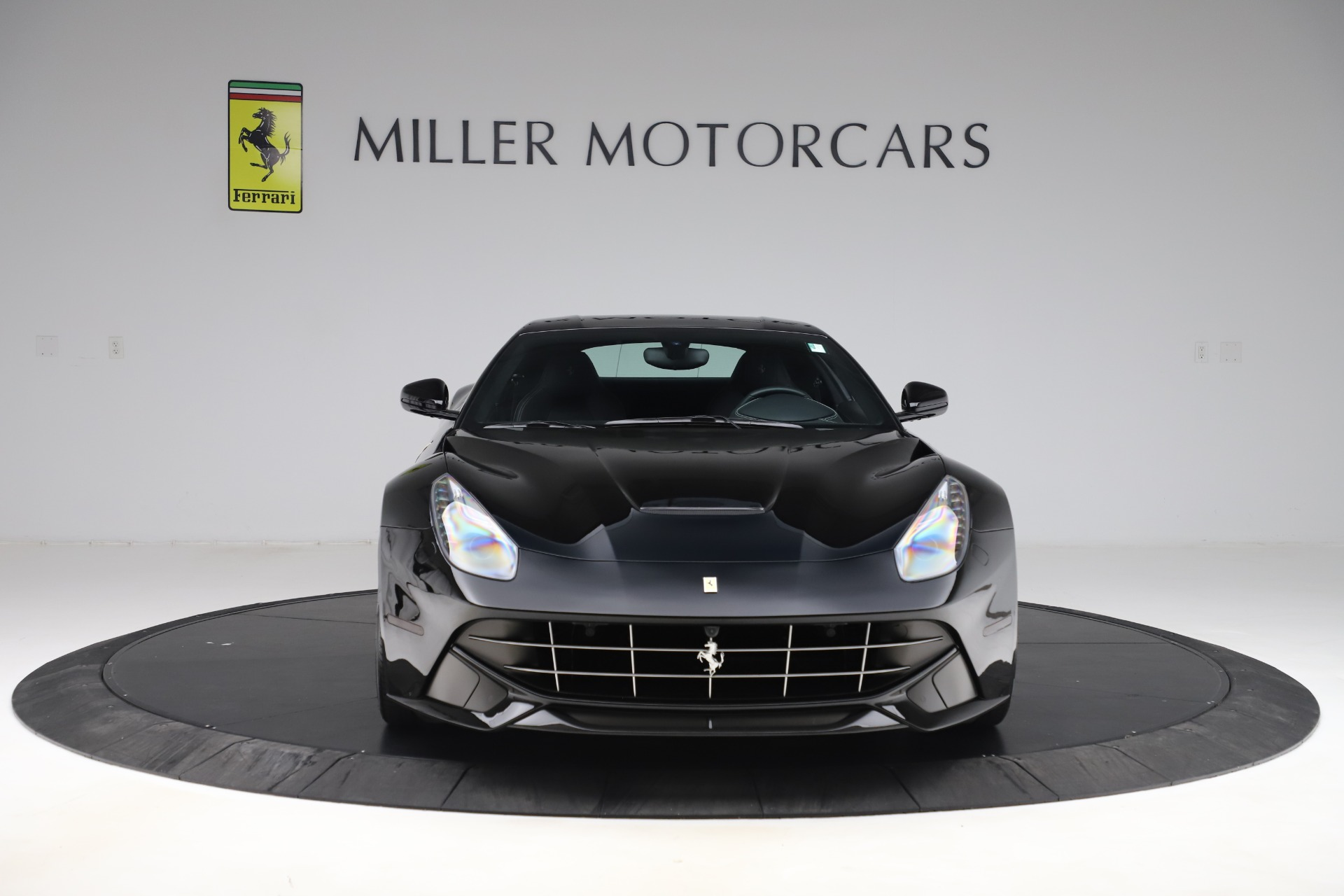 Used 2016 Ferrari F12 Berlinetta  For Sale In Greenwich, CT. Alfa Romeo of Greenwich, 4380 1008_p12