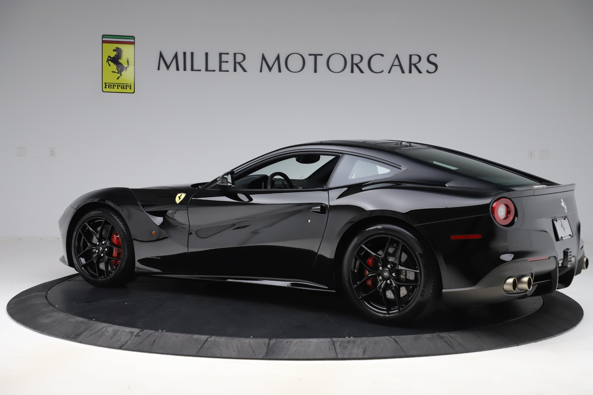 Used 2016 Ferrari F12 Berlinetta  For Sale In Greenwich, CT. Alfa Romeo of Greenwich, 4380 1008_p4