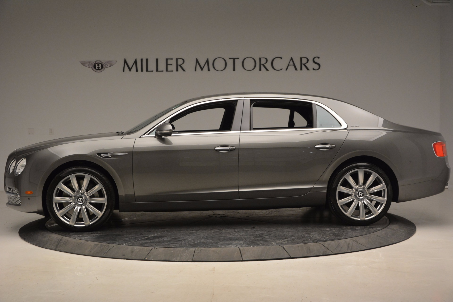 Used 2014 Bentley Flying Spur  For Sale In Greenwich, CT. Alfa Romeo of Greenwich, B1208A 1009_p3