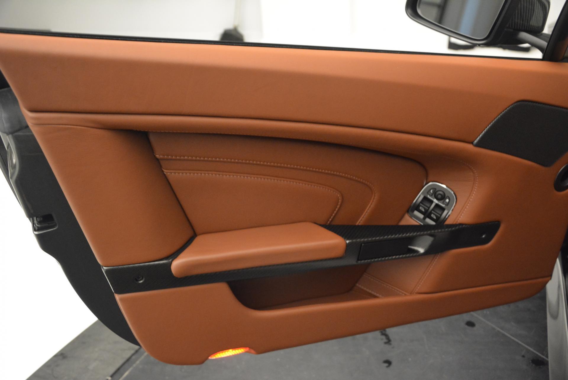 Used 2015 Aston Martin V12 Vantage S  For Sale In Greenwich, CT. Alfa Romeo of Greenwich, 7003 101_p17