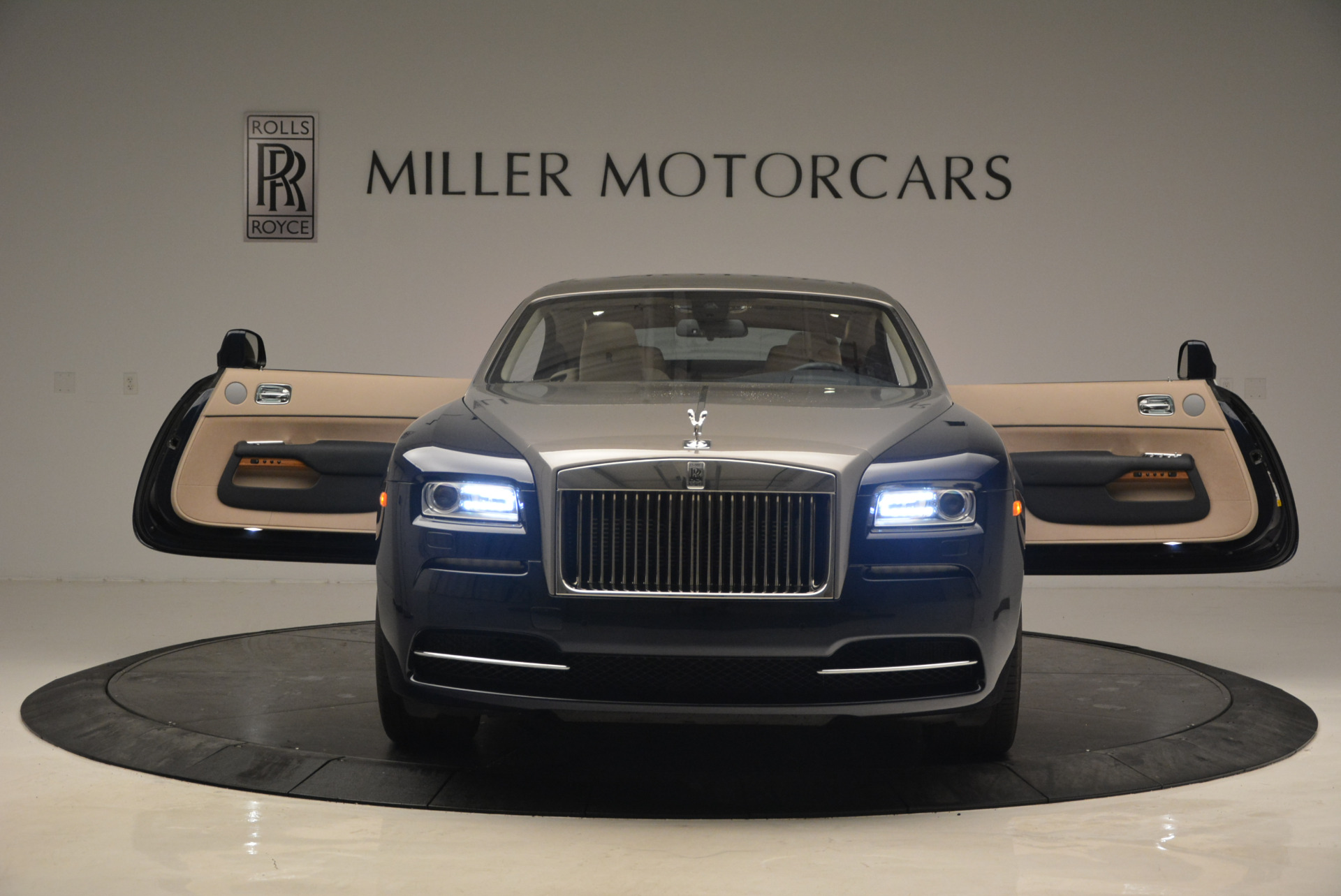 Used 2015 Rolls-Royce Wraith  For Sale In Greenwich, CT. Alfa Romeo of Greenwich, 7170 1013_p13