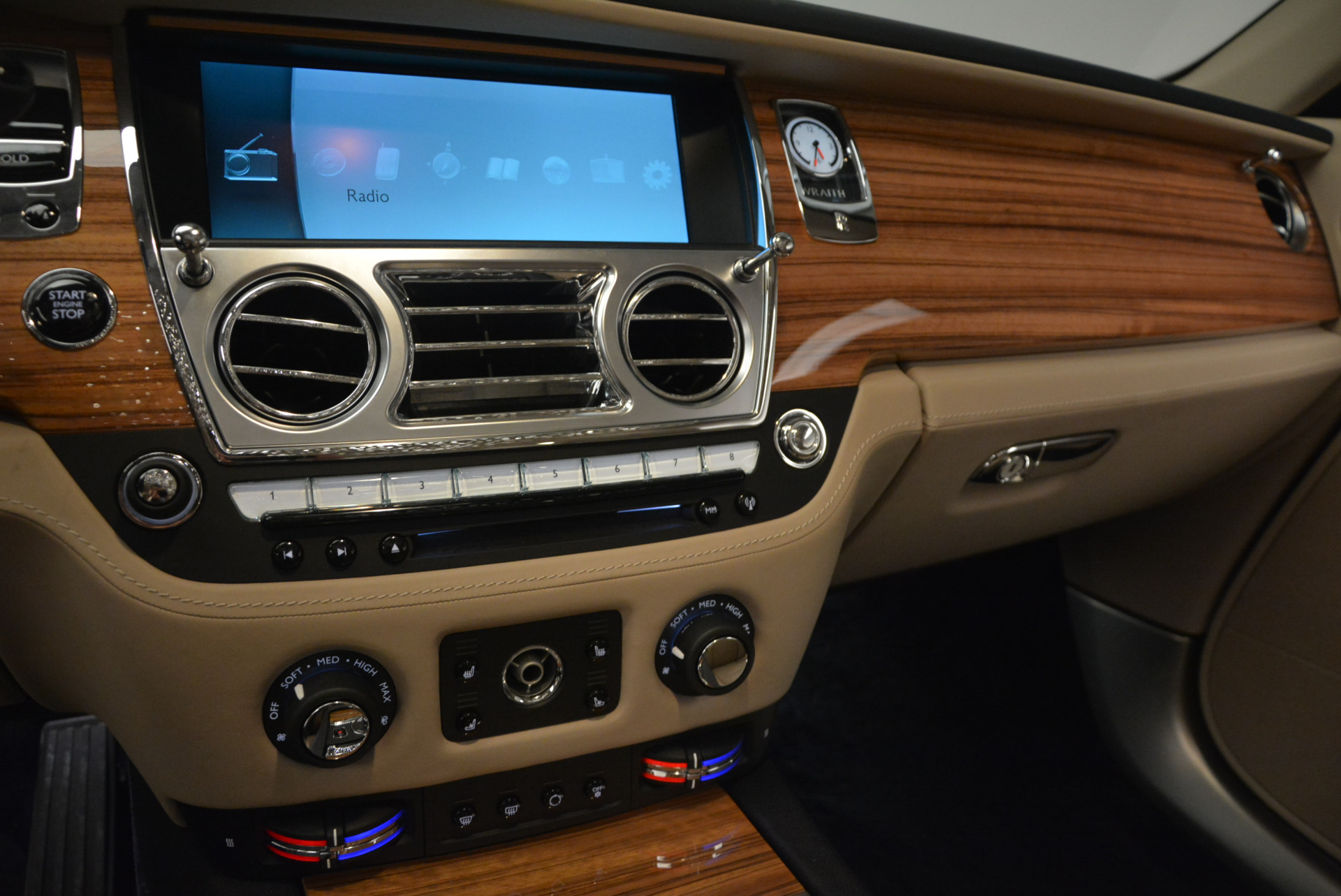 Used 2015 Rolls-Royce Wraith  For Sale In Greenwich, CT. Alfa Romeo of Greenwich, 7170 1013_p20