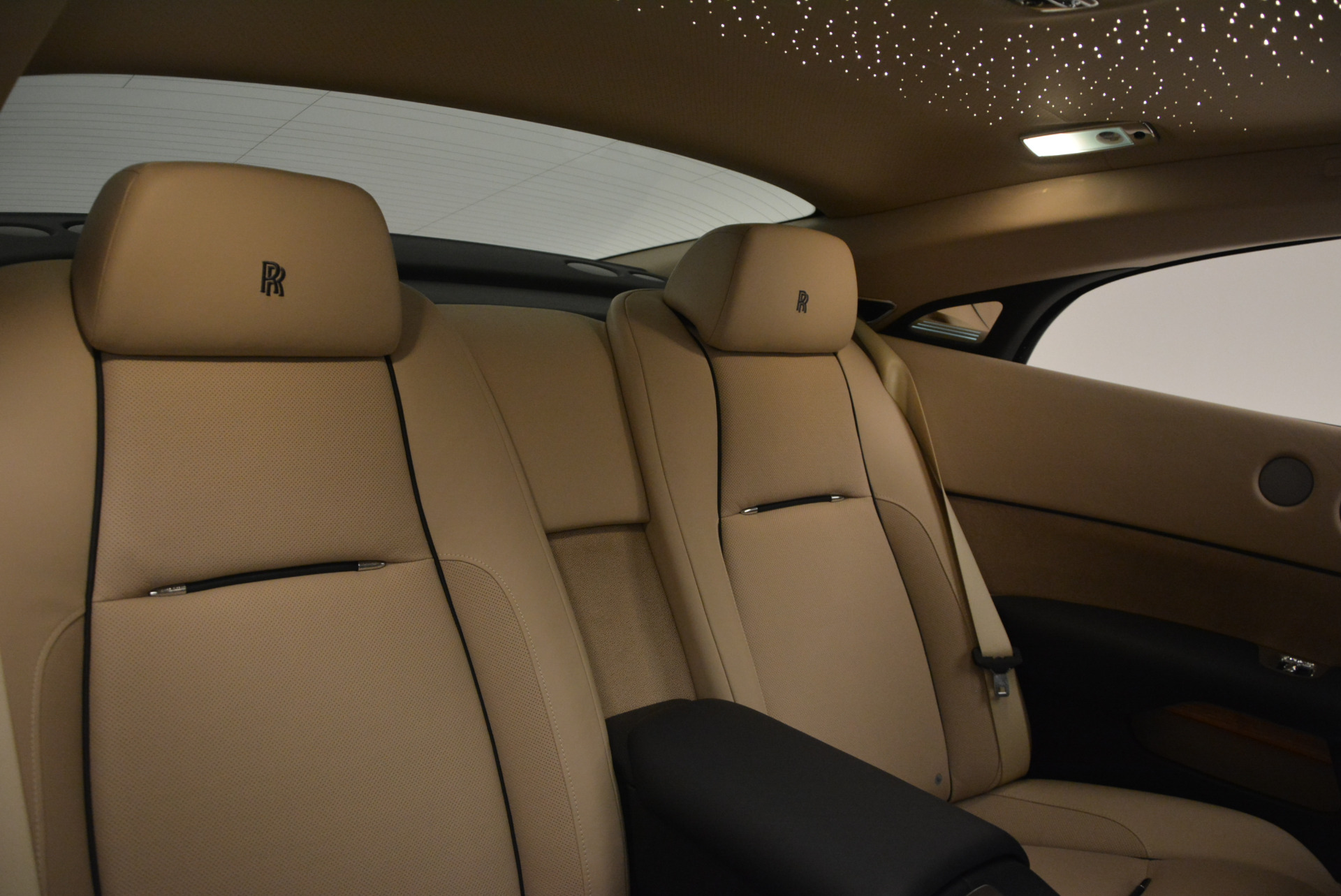 Used 2015 Rolls-Royce Wraith  For Sale In Greenwich, CT. Alfa Romeo of Greenwich, 7170 1013_p29