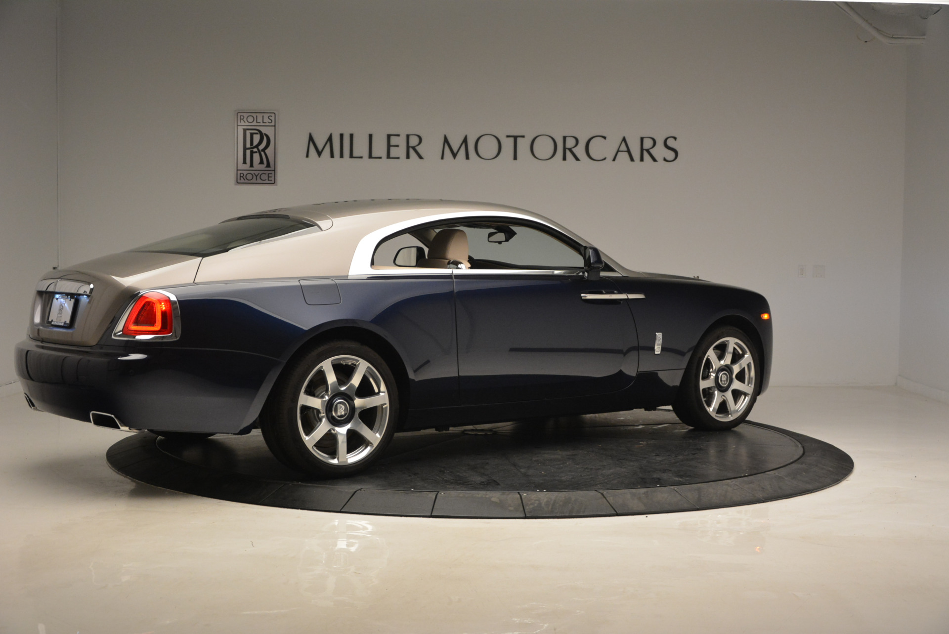 Used 2015 Rolls-Royce Wraith  For Sale In Greenwich, CT. Alfa Romeo of Greenwich, 7170 1013_p8
