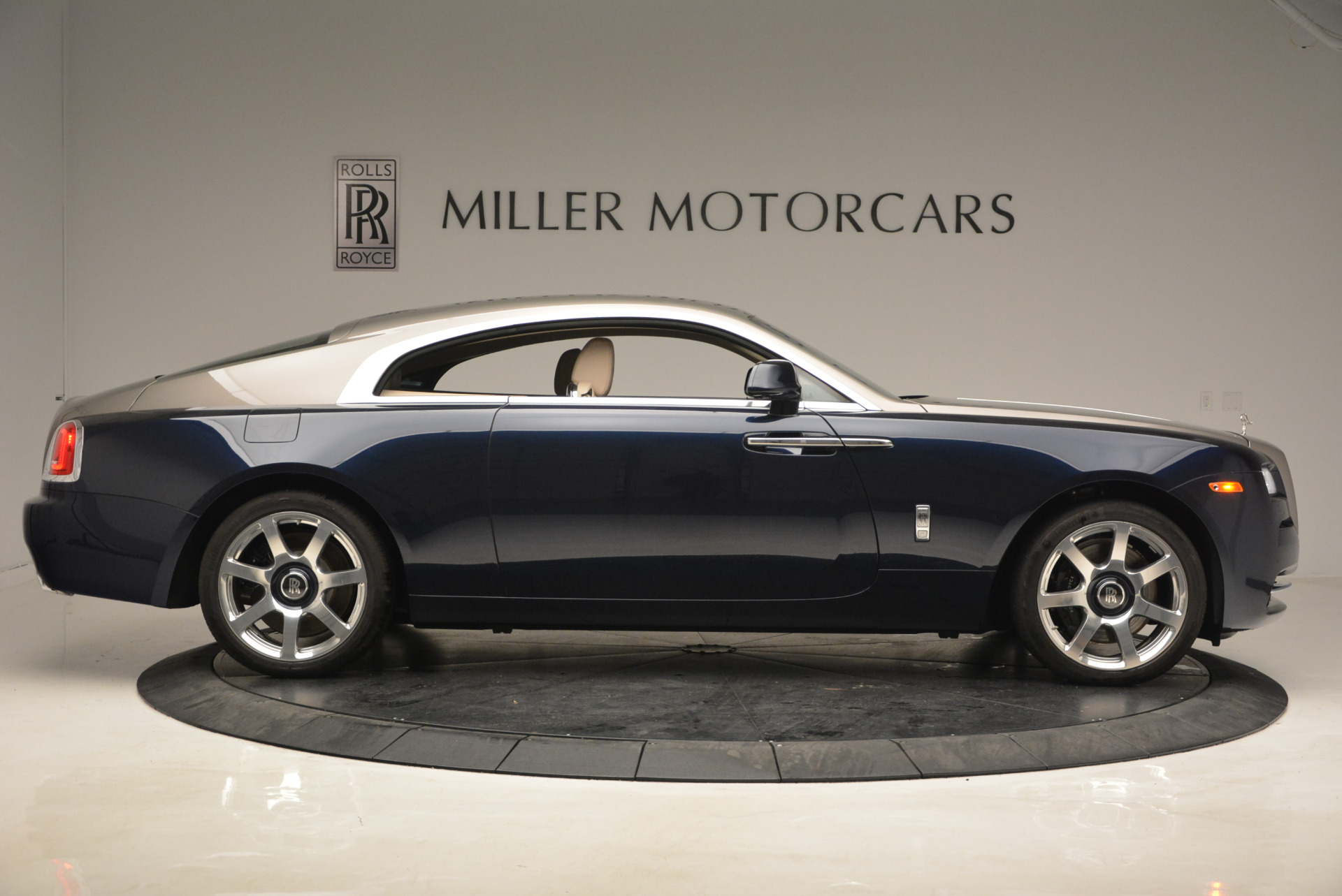Used 2015 Rolls-Royce Wraith  For Sale In Greenwich, CT. Alfa Romeo of Greenwich, 7170 1013_p9