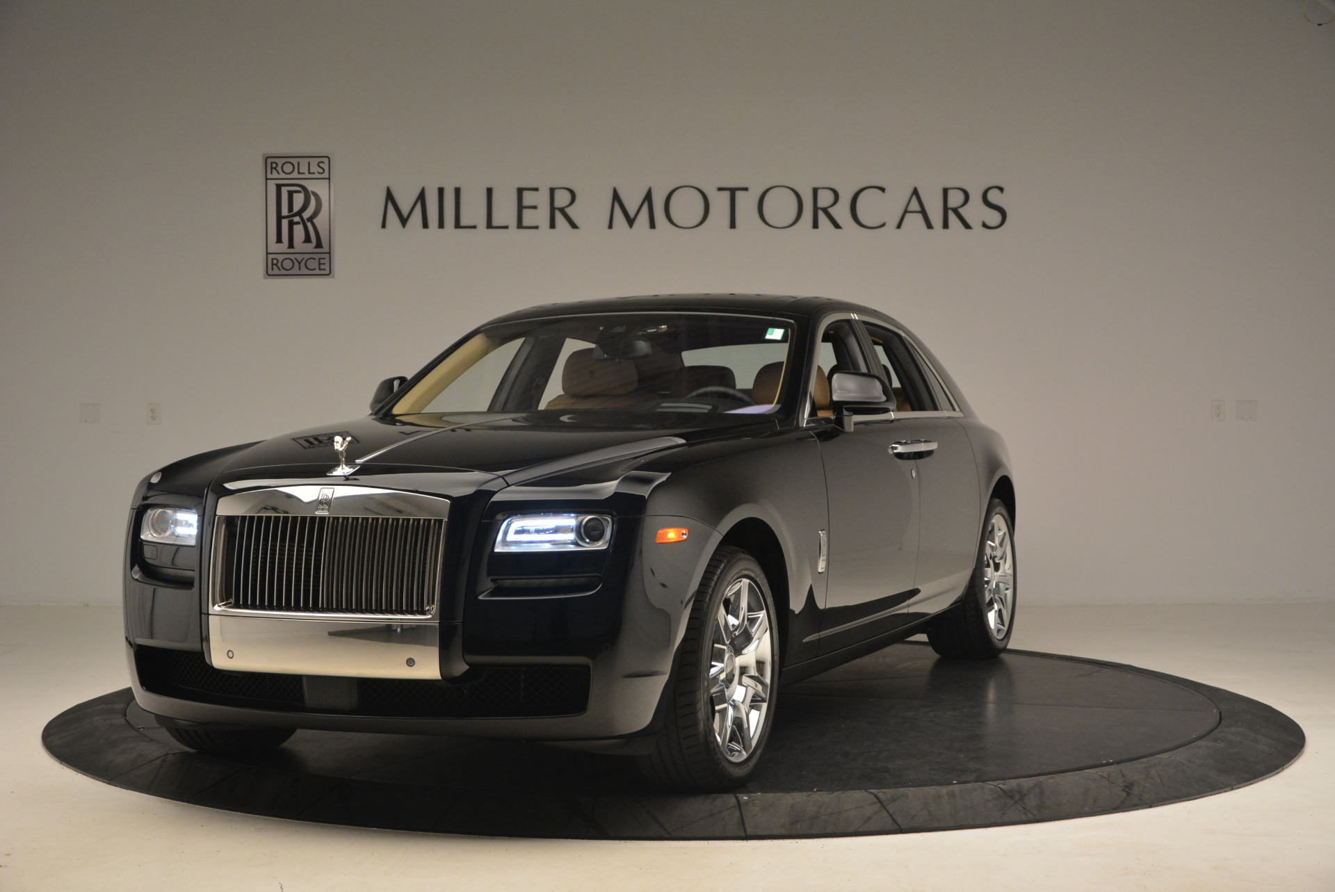 Used 2013 Rolls-Royce Ghost  For Sale In Greenwich, CT. Alfa Romeo of Greenwich, 7169 1014_main