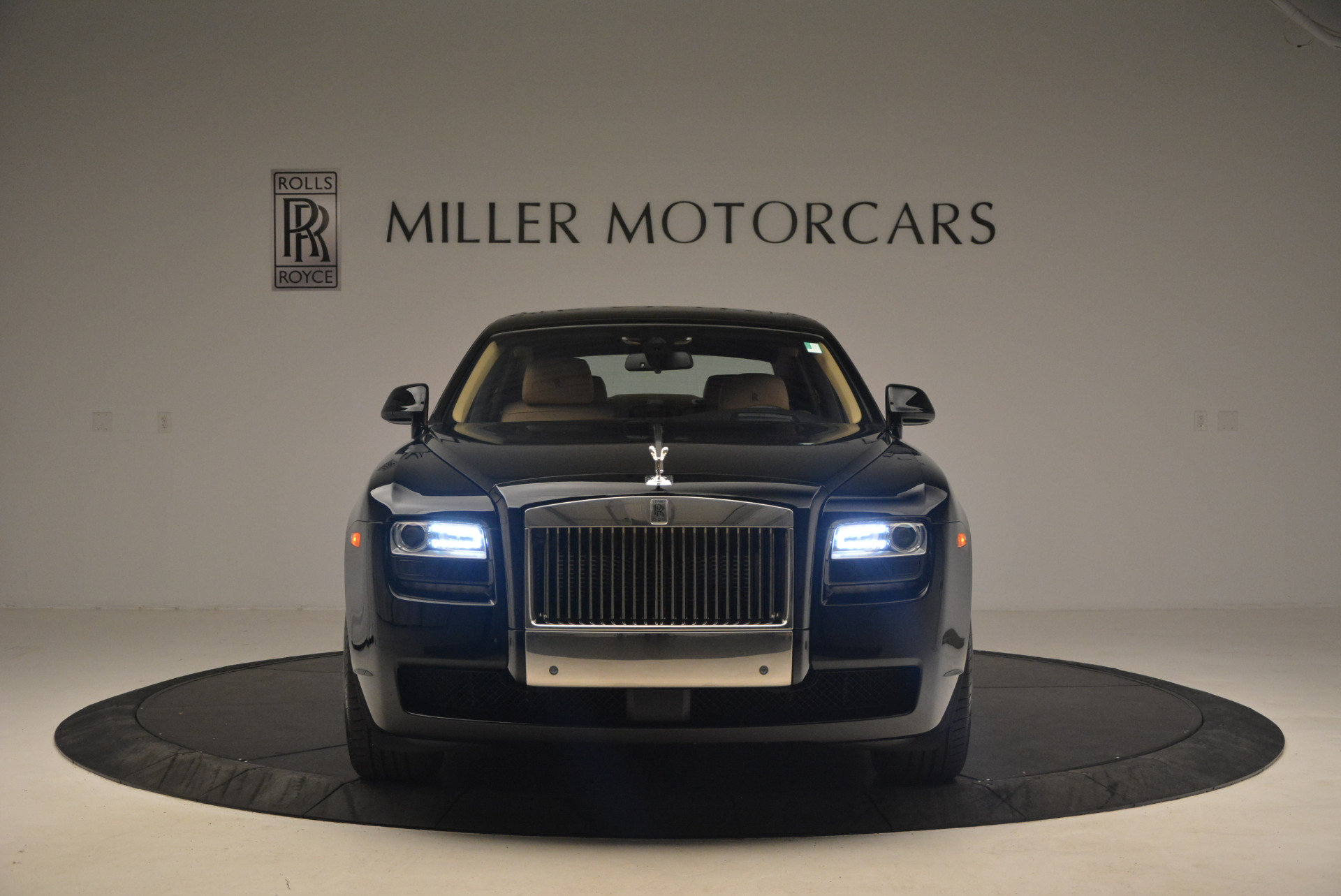 Used 2013 Rolls-Royce Ghost  For Sale In Greenwich, CT. Alfa Romeo of Greenwich, 7169 1014_p12