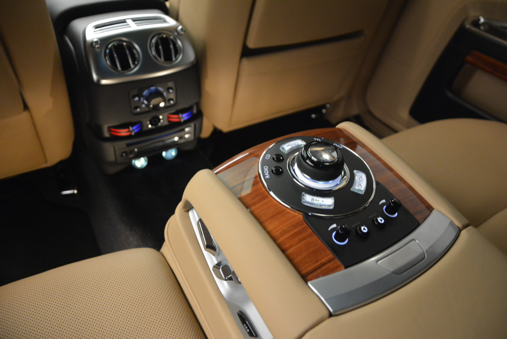 Used 2013 Rolls-Royce Ghost  For Sale In Greenwich, CT. Alfa Romeo of Greenwich, 7169 1014_p22