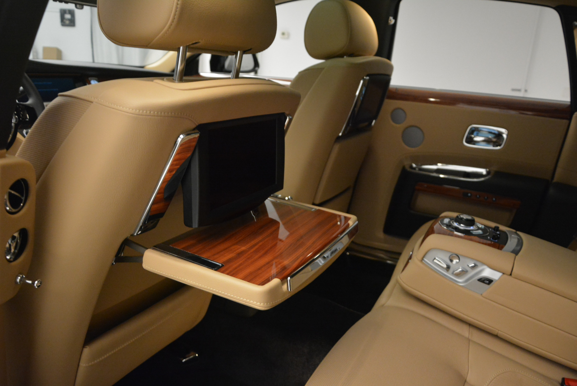Used 2013 Rolls-Royce Ghost  For Sale In Greenwich, CT. Alfa Romeo of Greenwich, 7169 1014_p26