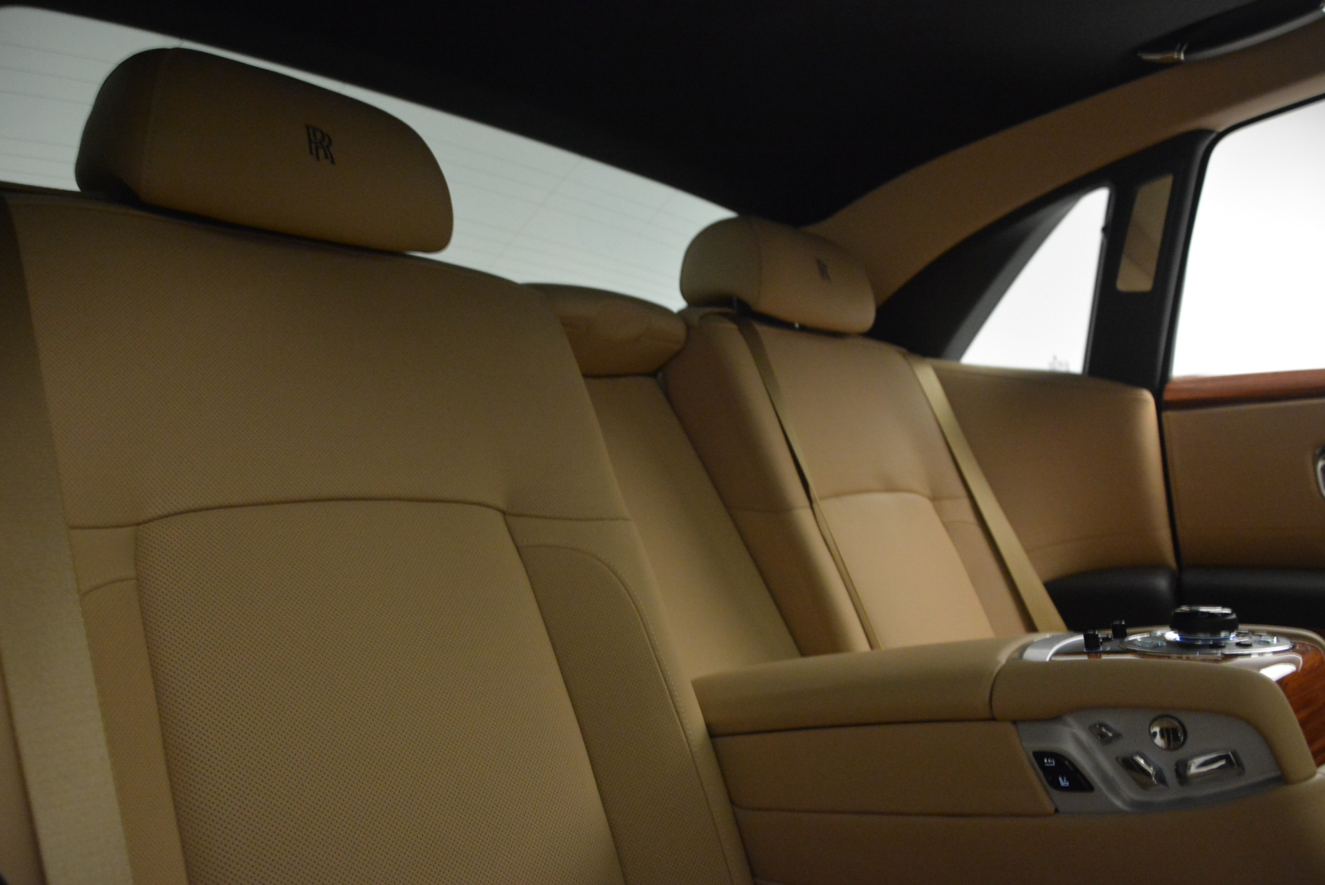 Used 2013 Rolls-Royce Ghost  For Sale In Greenwich, CT. Alfa Romeo of Greenwich, 7169 1014_p30