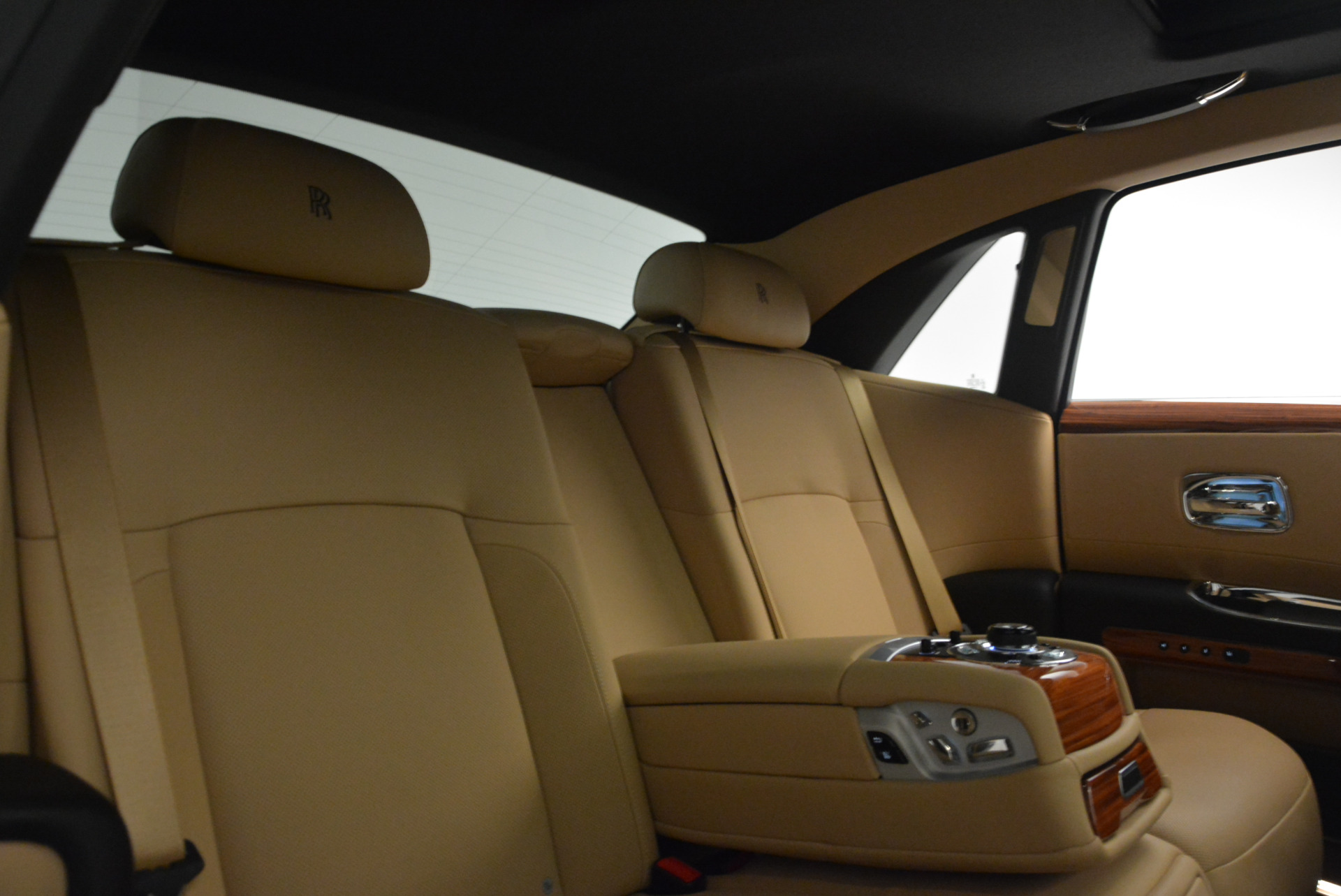 Used 2013 Rolls-Royce Ghost  For Sale In Greenwich, CT. Alfa Romeo of Greenwich, 7169 1014_p31