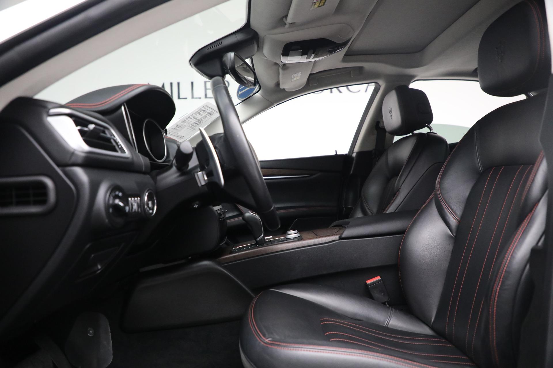 New 2017 Maserati Ghibli S Q4 EX-Loaner For Sale In Greenwich, CT. Alfa Romeo of Greenwich, M1811 1019_p14