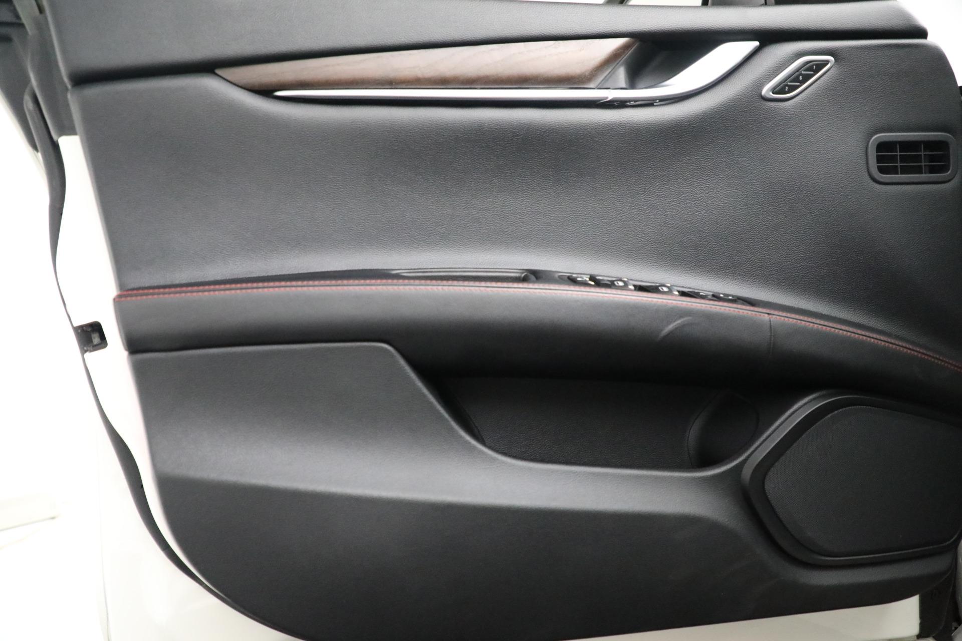New 2017 Maserati Ghibli S Q4 EX-Loaner For Sale In Greenwich, CT. Alfa Romeo of Greenwich, M1811 1019_p17