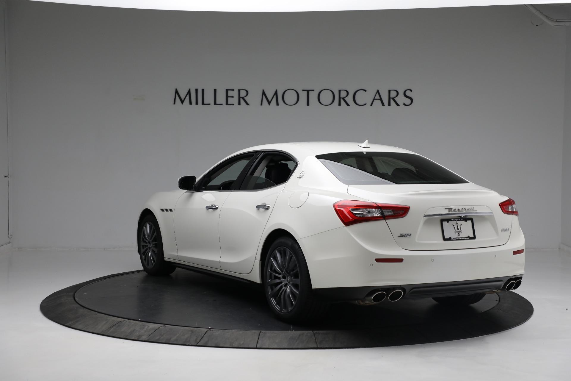 New 2017 Maserati Ghibli S Q4 EX-Loaner For Sale In Greenwich, CT. Alfa Romeo of Greenwich, M1811 1019_p5