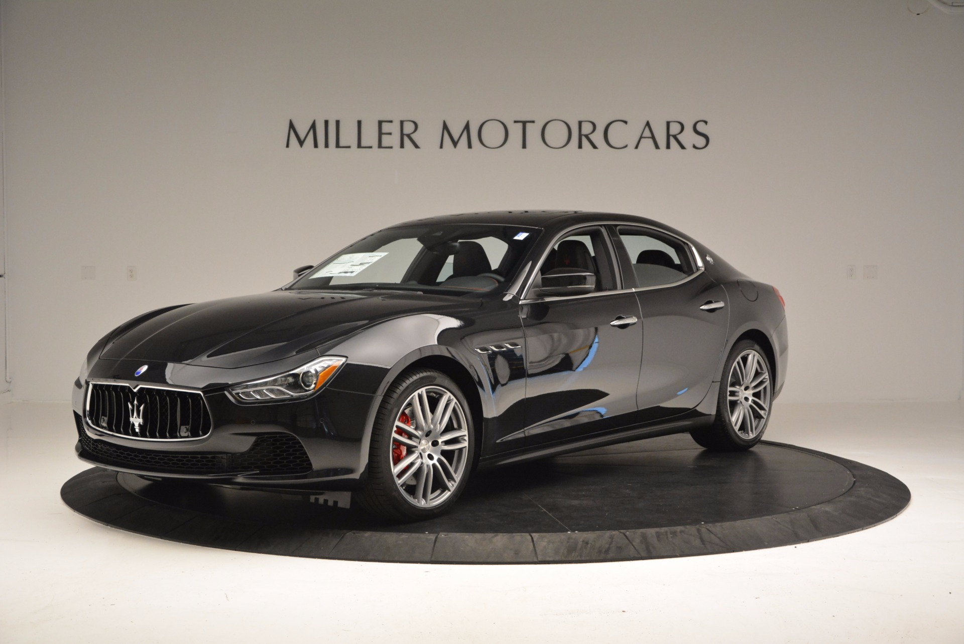 New 2017 Maserati Ghibli S Q4 For Sale In Greenwich, CT. Alfa Romeo of Greenwich, M1813 1022_p2