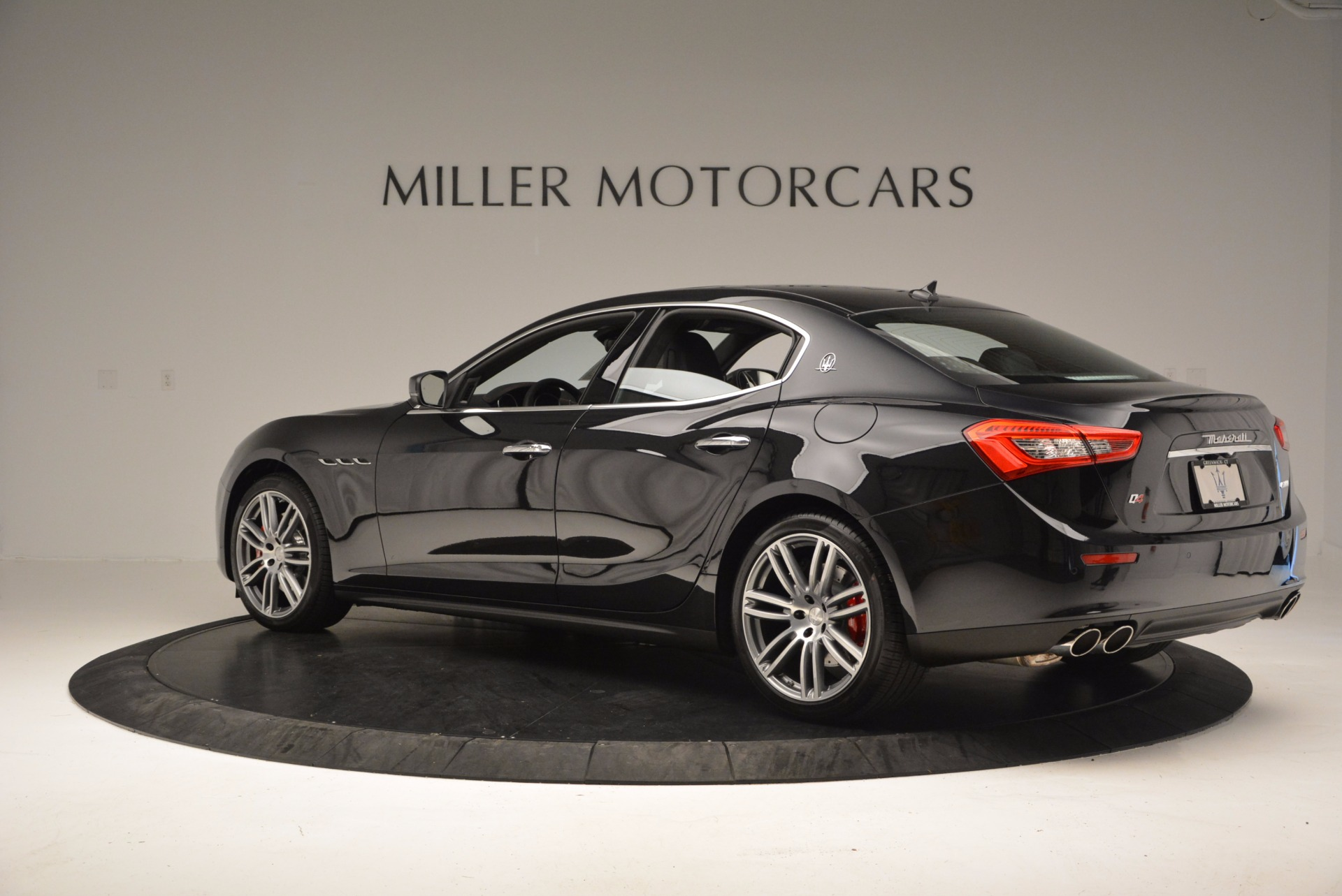 New 2017 Maserati Ghibli S Q4 For Sale In Greenwich, CT. Alfa Romeo of Greenwich, M1813 1022_p4