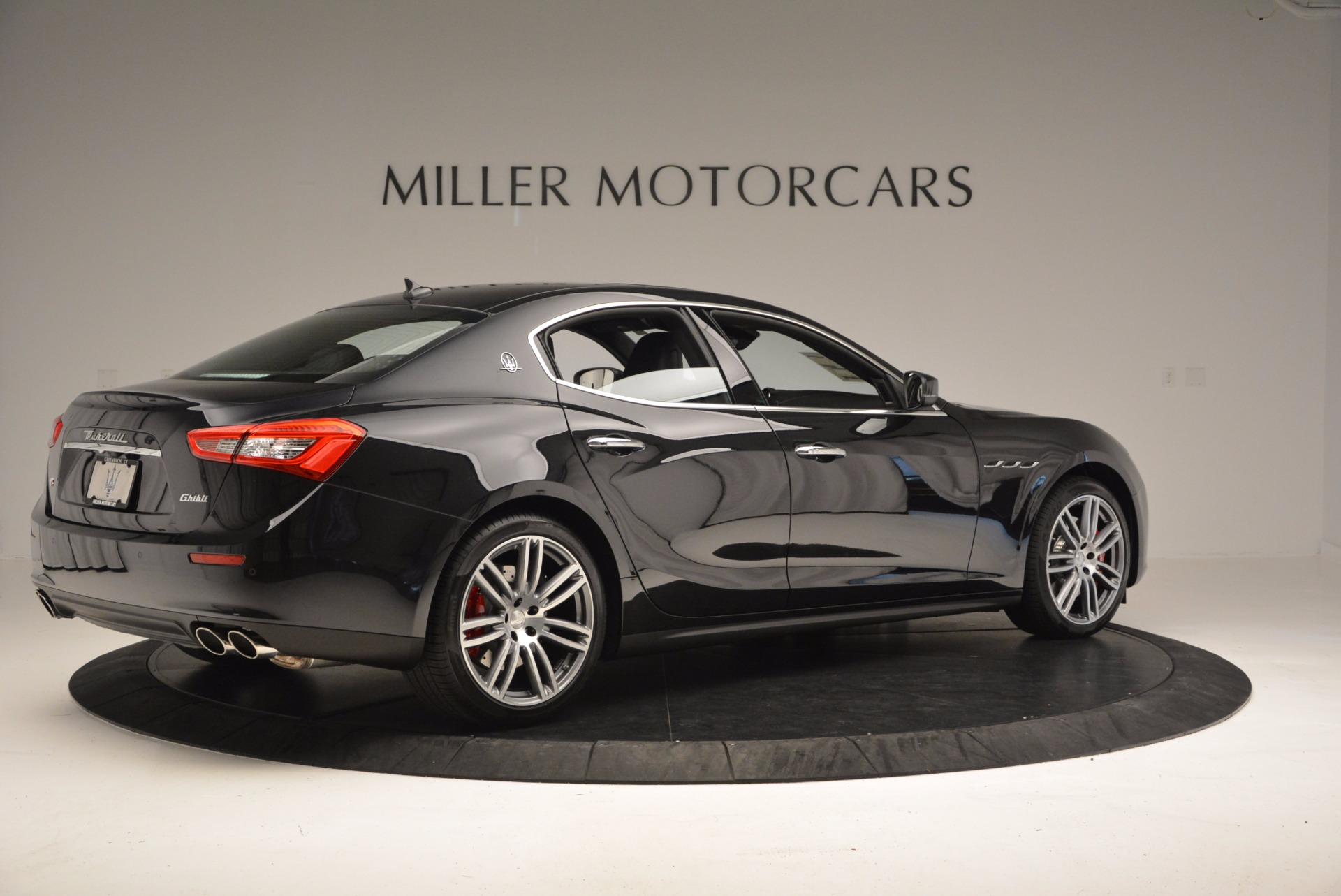 New 2017 Maserati Ghibli S Q4 For Sale In Greenwich, CT. Alfa Romeo of Greenwich, M1813 1022_p8