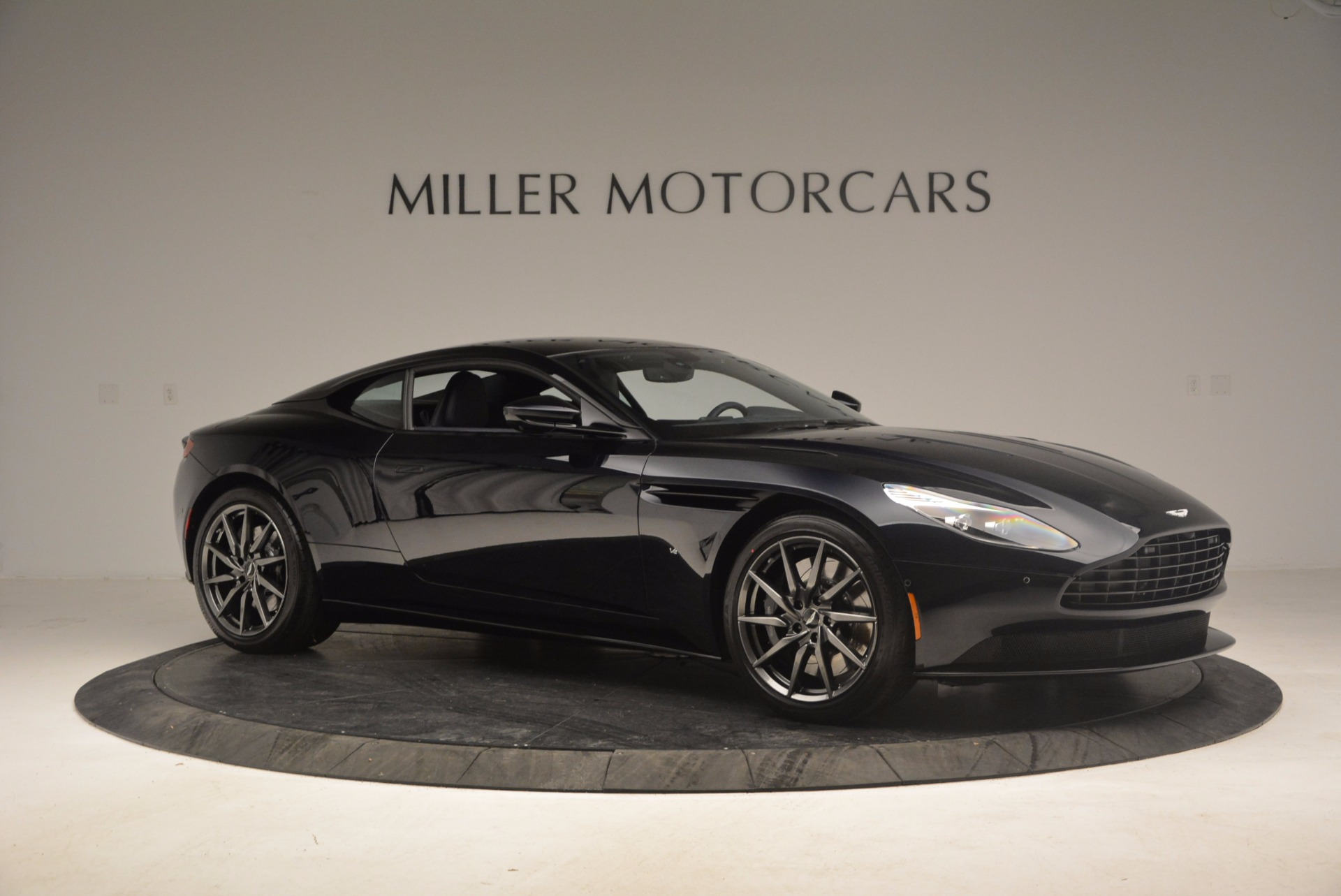 Used 2017 Aston Martin DB11 V12 Coupe For Sale $176900 In Greenwich, CT 1026_p10