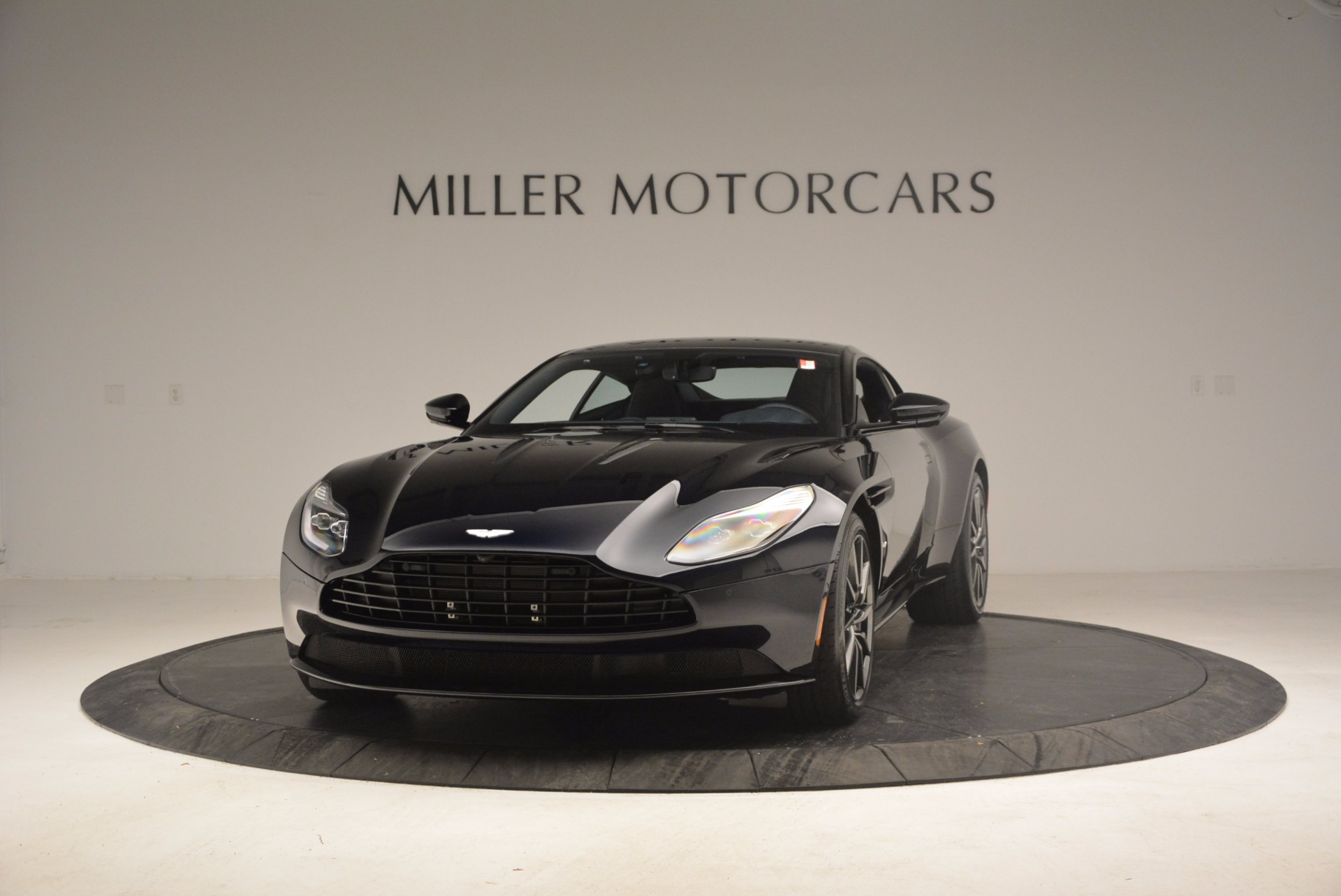 Used 2017 Aston Martin DB11 V12 Coupe For Sale $176900 In Greenwich, CT 1026_p2