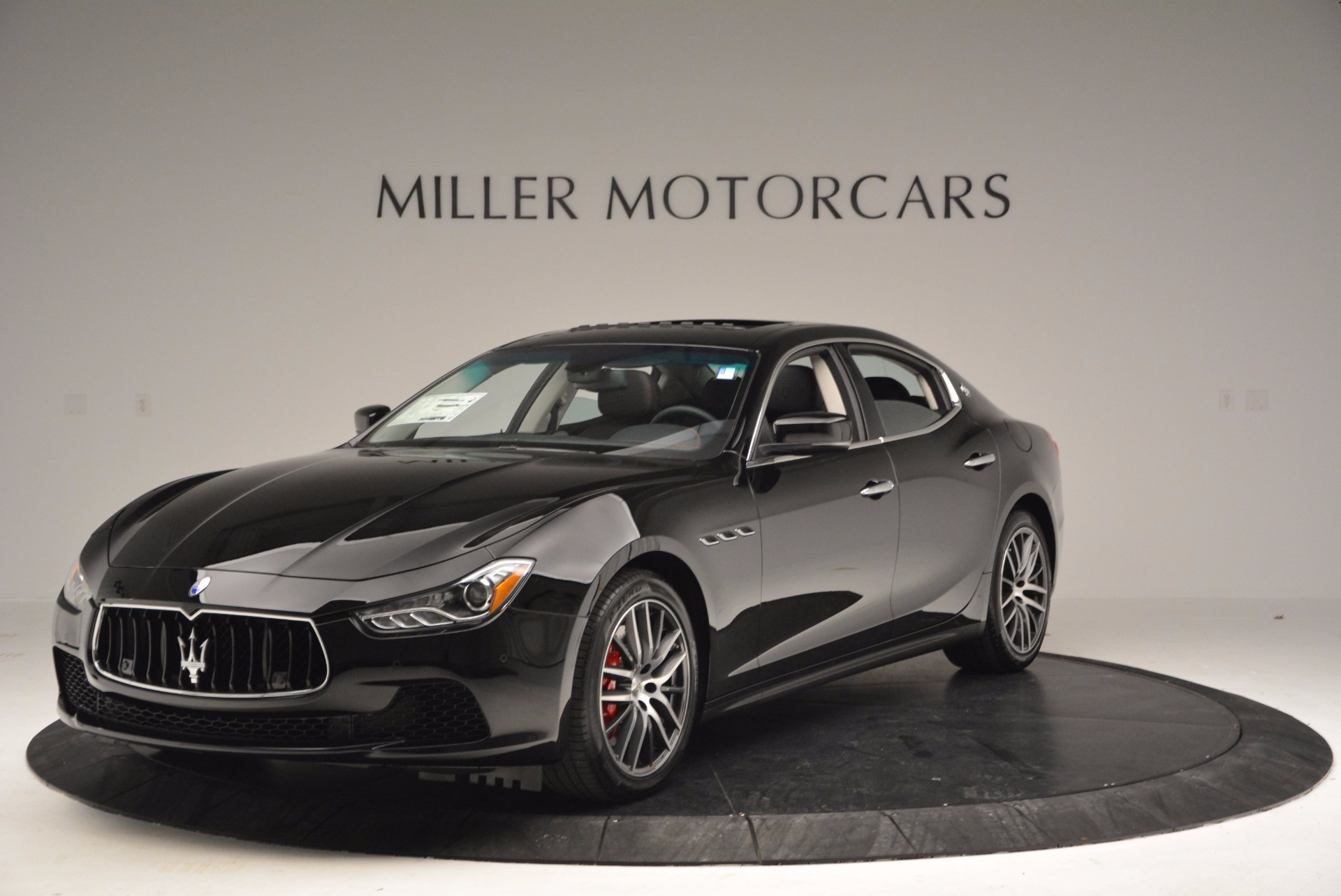 New 2017 Maserati Ghibli S Q4 For Sale In Greenwich, CT. Alfa Romeo of Greenwich, M1821 1029_main