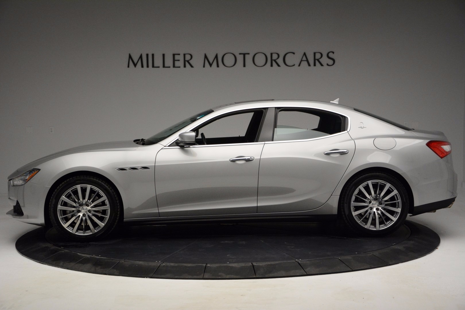 New 2017 Maserati Ghibli S Q4 For Sale In Greenwich, CT. Alfa Romeo of Greenwich, W422 1030_p3