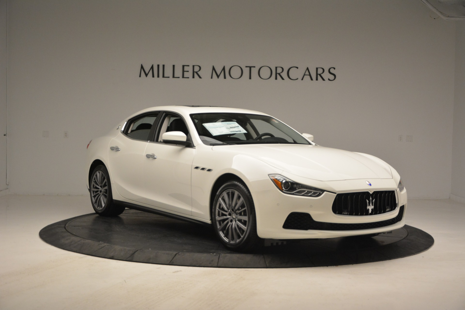 New 2017 Maserati Ghibli S Q4 EX-Loaner For Sale In Greenwich, CT. Alfa Romeo of Greenwich, M1865 1031_p11