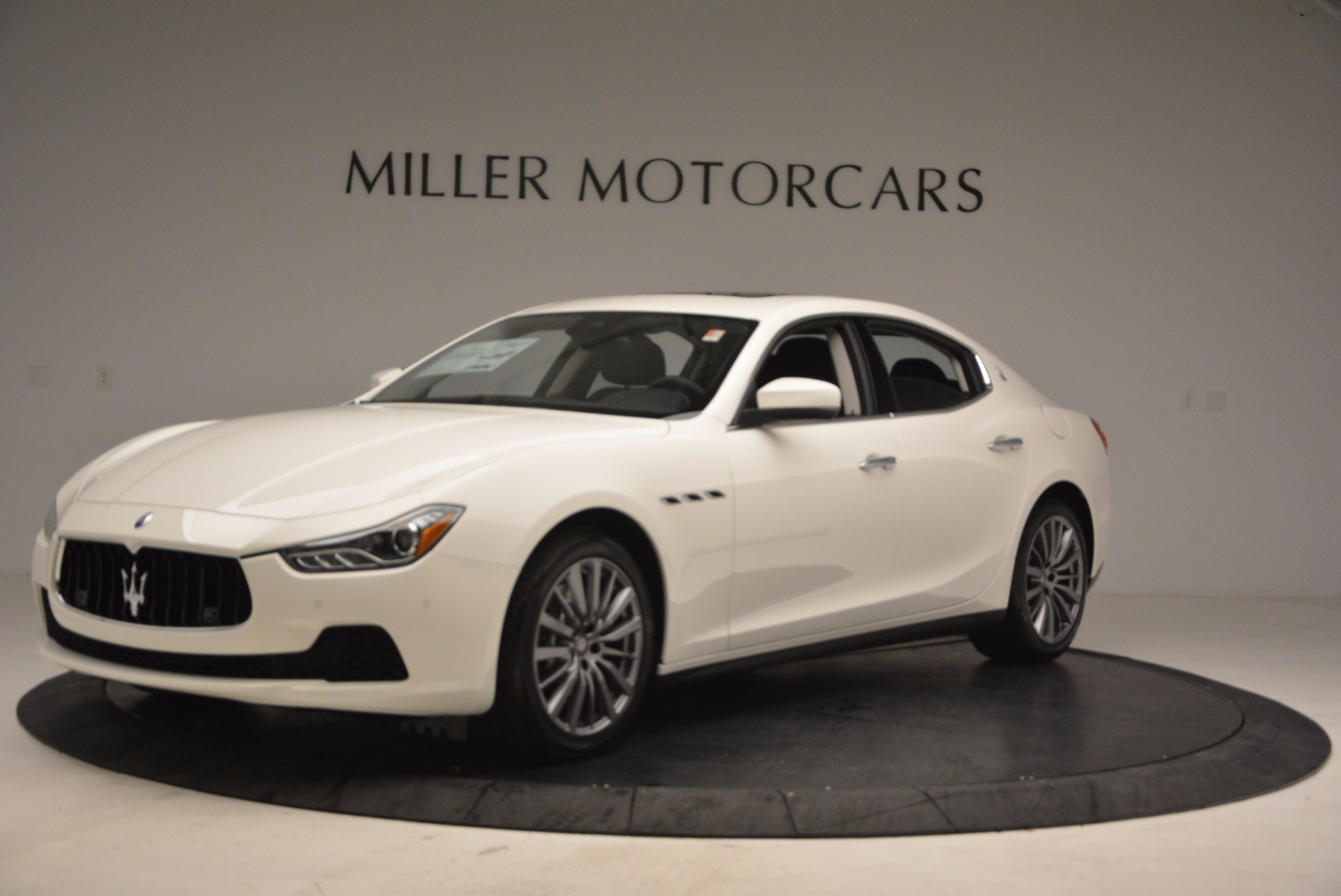 New 2017 Maserati Ghibli S Q4 EX-Loaner For Sale In Greenwich, CT. Alfa Romeo of Greenwich, M1865 1031_p2