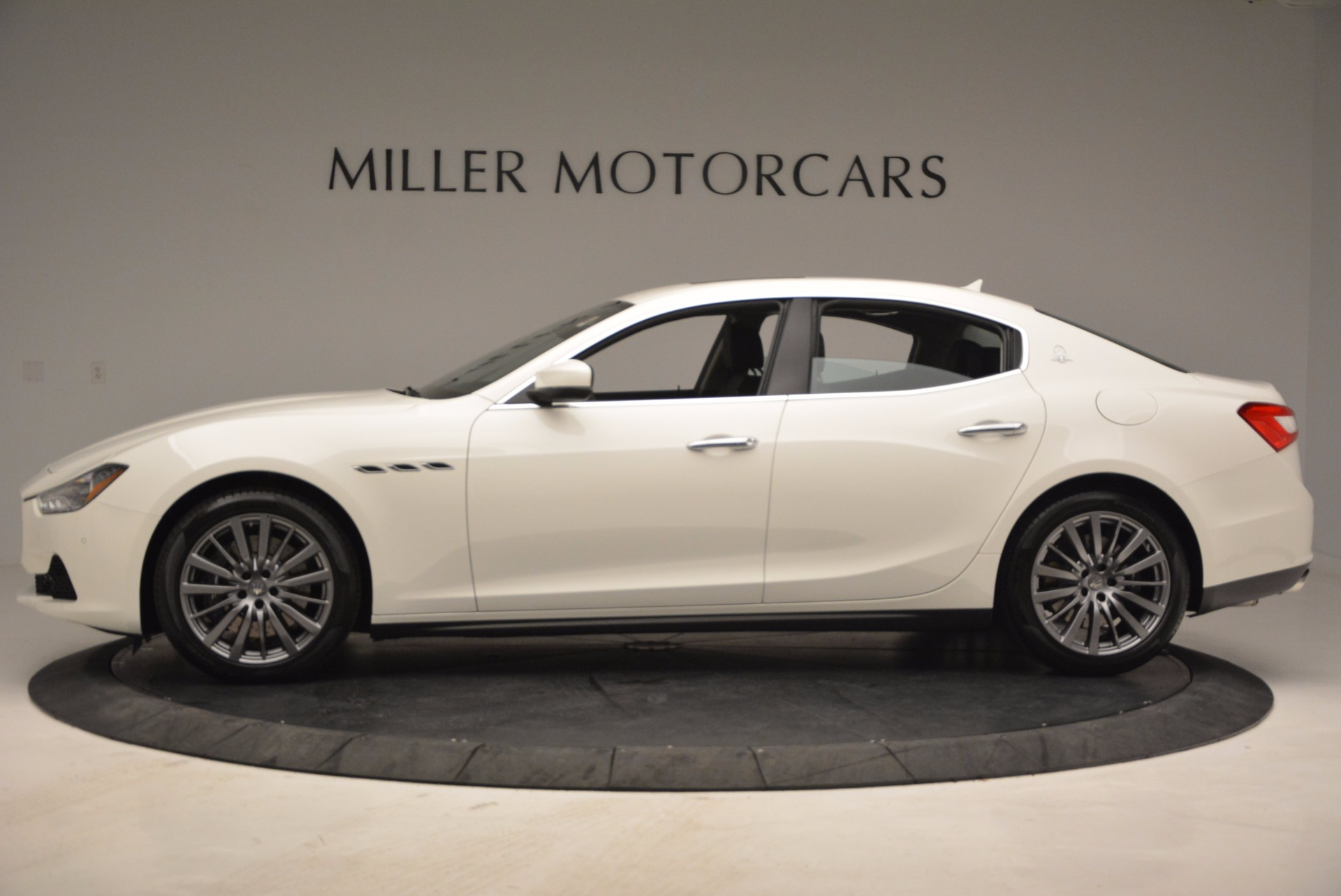New 2017 Maserati Ghibli S Q4 EX-Loaner For Sale In Greenwich, CT. Alfa Romeo of Greenwich, M1865 1031_p3