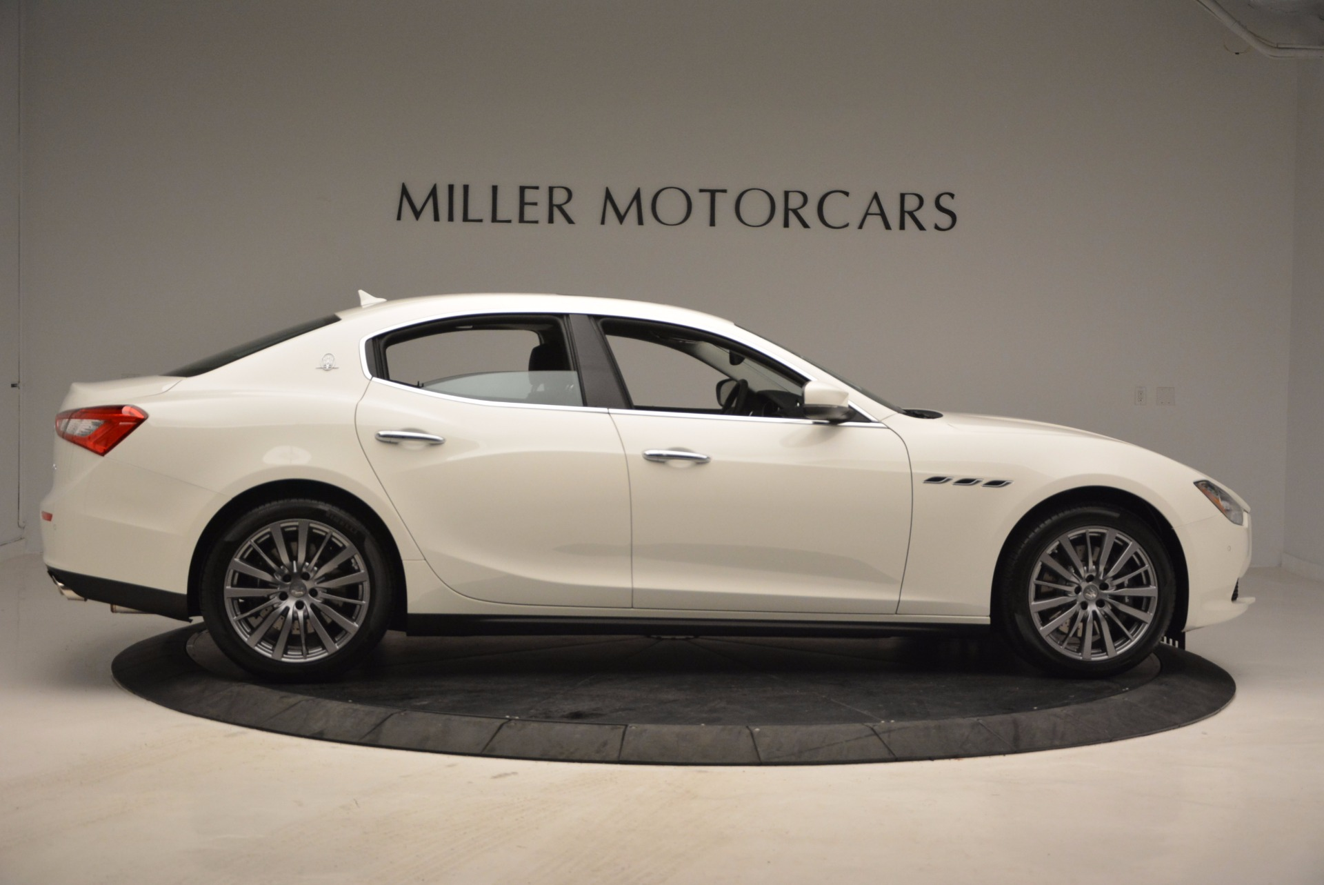 New 2017 Maserati Ghibli S Q4 EX-Loaner For Sale In Greenwich, CT. Alfa Romeo of Greenwich, M1865 1031_p9