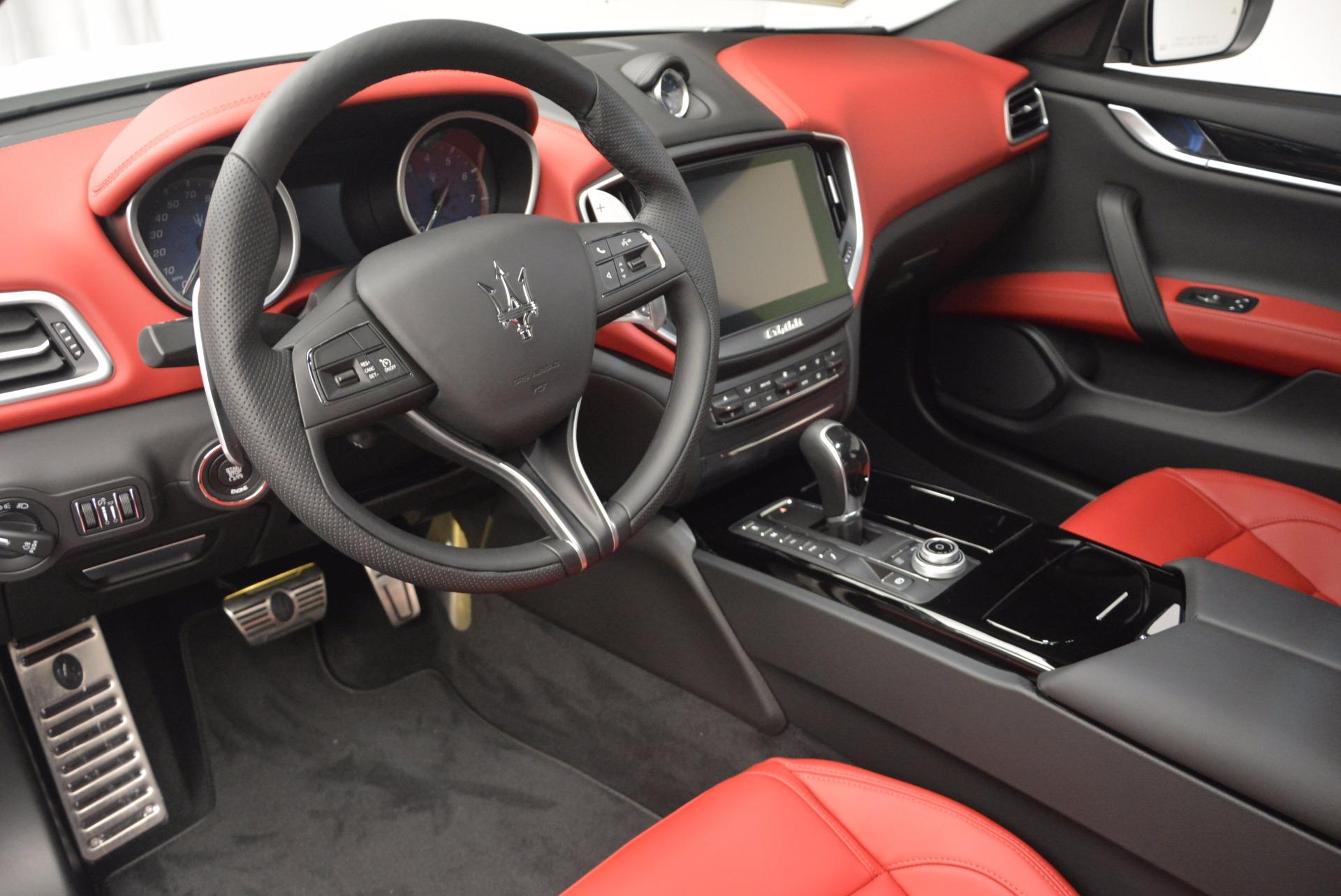 New 2017 Maserati Ghibli S Q4 For Sale In Greenwich, CT. Alfa Romeo of Greenwich, W425 1037_p19