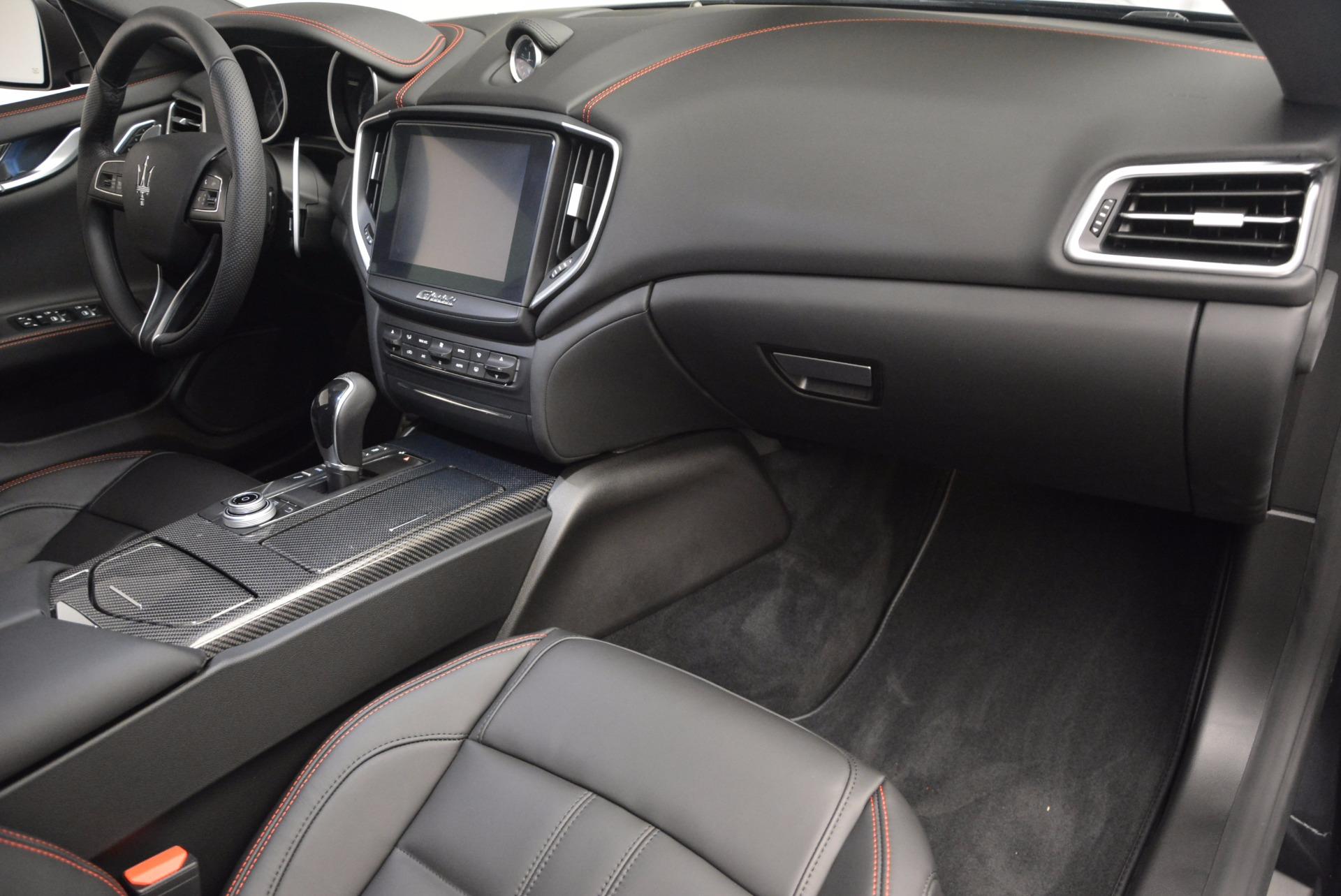New 2017 Maserati Ghibli S Q4 For Sale In Greenwich, CT. Alfa Romeo of Greenwich, M1827 1048_p19