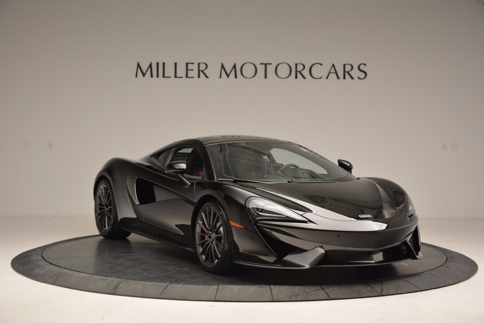 Used 2017 McLaren 570GT  For Sale In Greenwich, CT. Alfa Romeo of Greenwich, MC292 1055_p11