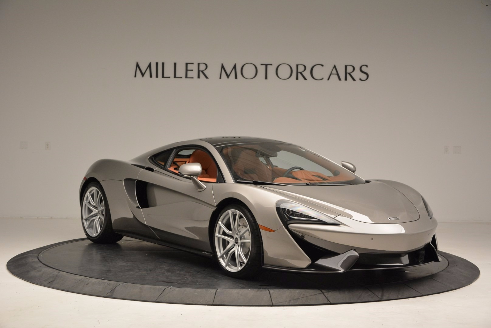 Used 2017 McLaren 570GT  For Sale In Greenwich, CT. Alfa Romeo of Greenwich, 3144 1056_p10