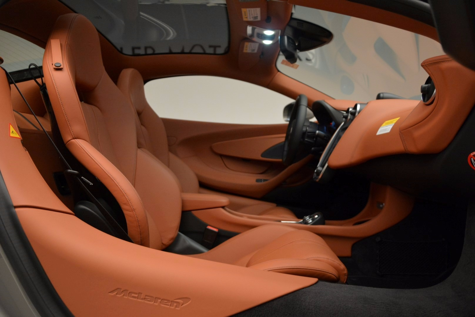 Used 2017 McLaren 570GT  For Sale In Greenwich, CT. Alfa Romeo of Greenwich, 3144 1056_p19