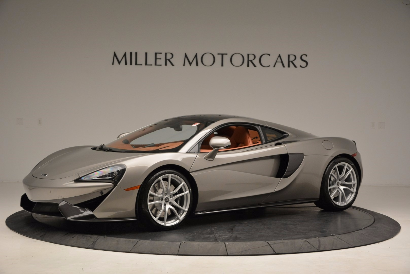 Used 2017 McLaren 570GT  For Sale In Greenwich, CT. Alfa Romeo of Greenwich, 3144 1056_p2