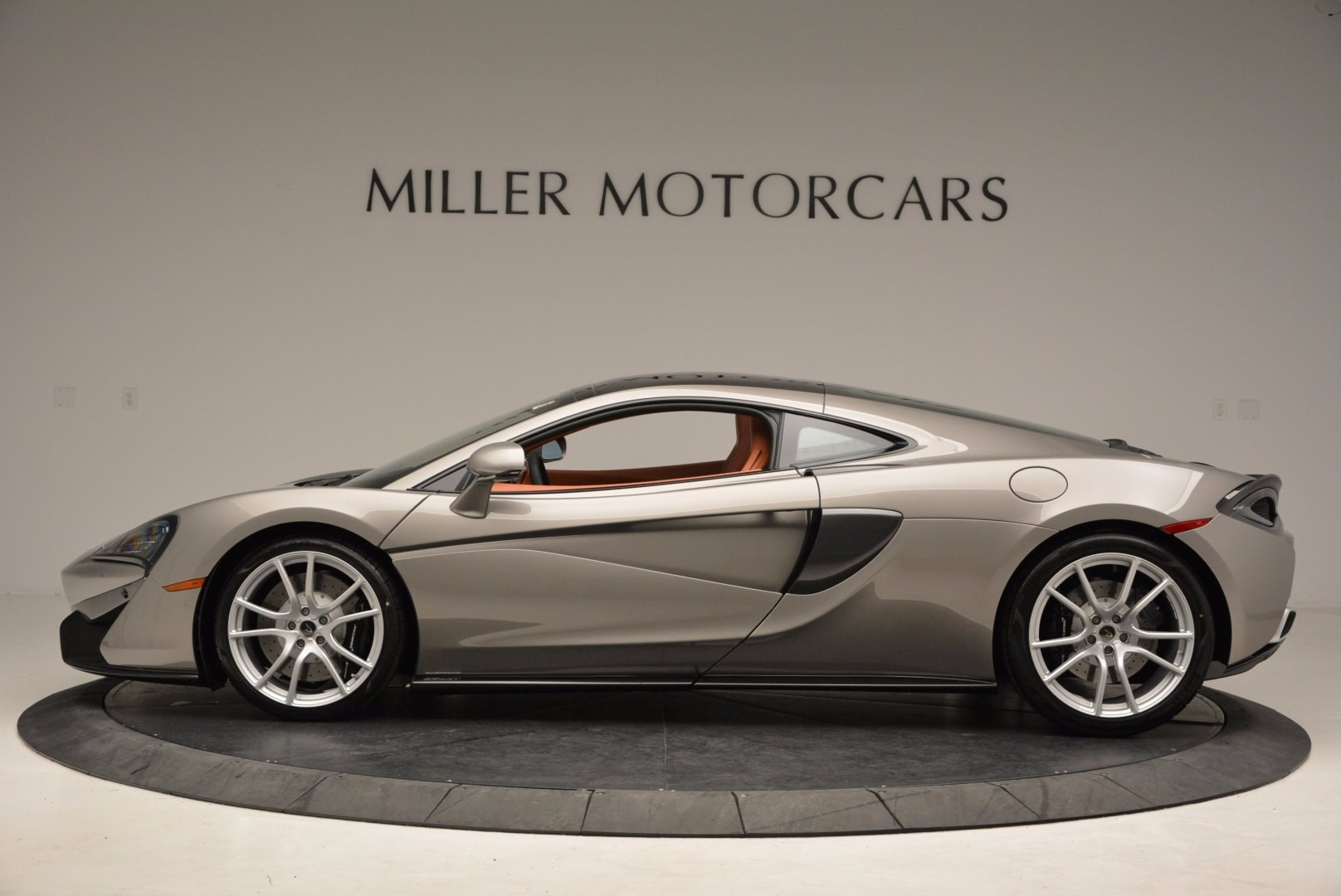 Used 2017 McLaren 570GT  For Sale In Greenwich, CT. Alfa Romeo of Greenwich, 3144 1056_p3