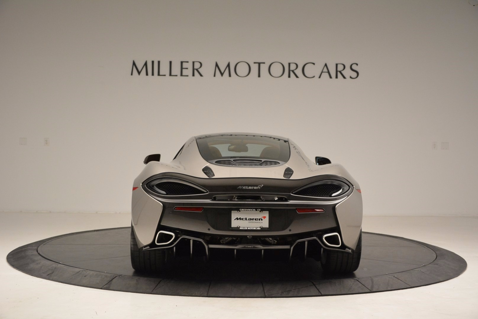 Used 2017 McLaren 570GT  For Sale In Greenwich, CT. Alfa Romeo of Greenwich, 3144 1056_p6