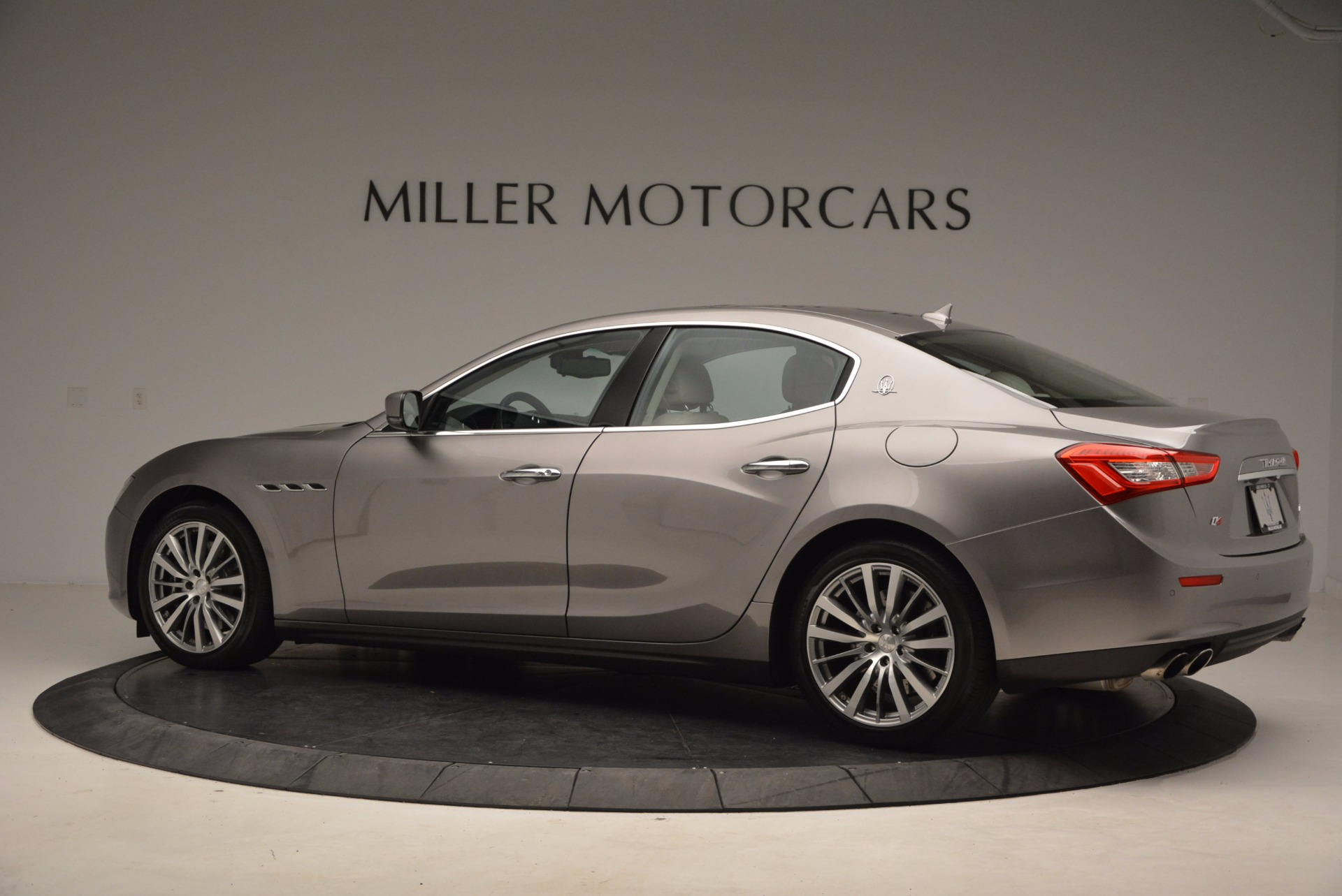 Used 2015 Maserati Ghibli S Q4 For Sale In Greenwich, CT. Alfa Romeo of Greenwich, M1766A 1059_p4