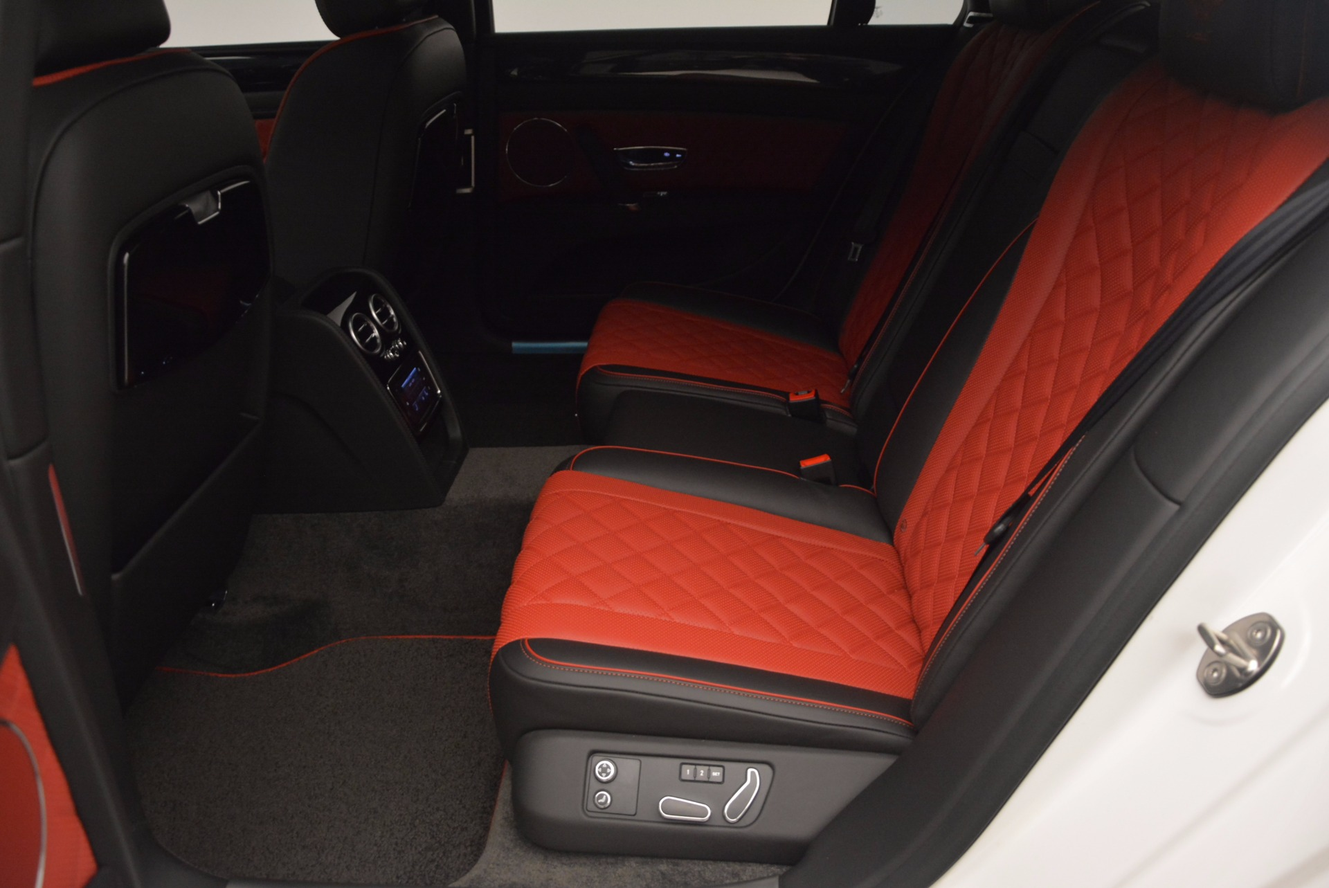 New 2017 Bentley Flying Spur V8 S For Sale In Greenwich, CT. Alfa Romeo of Greenwich, B1241 1060_p33