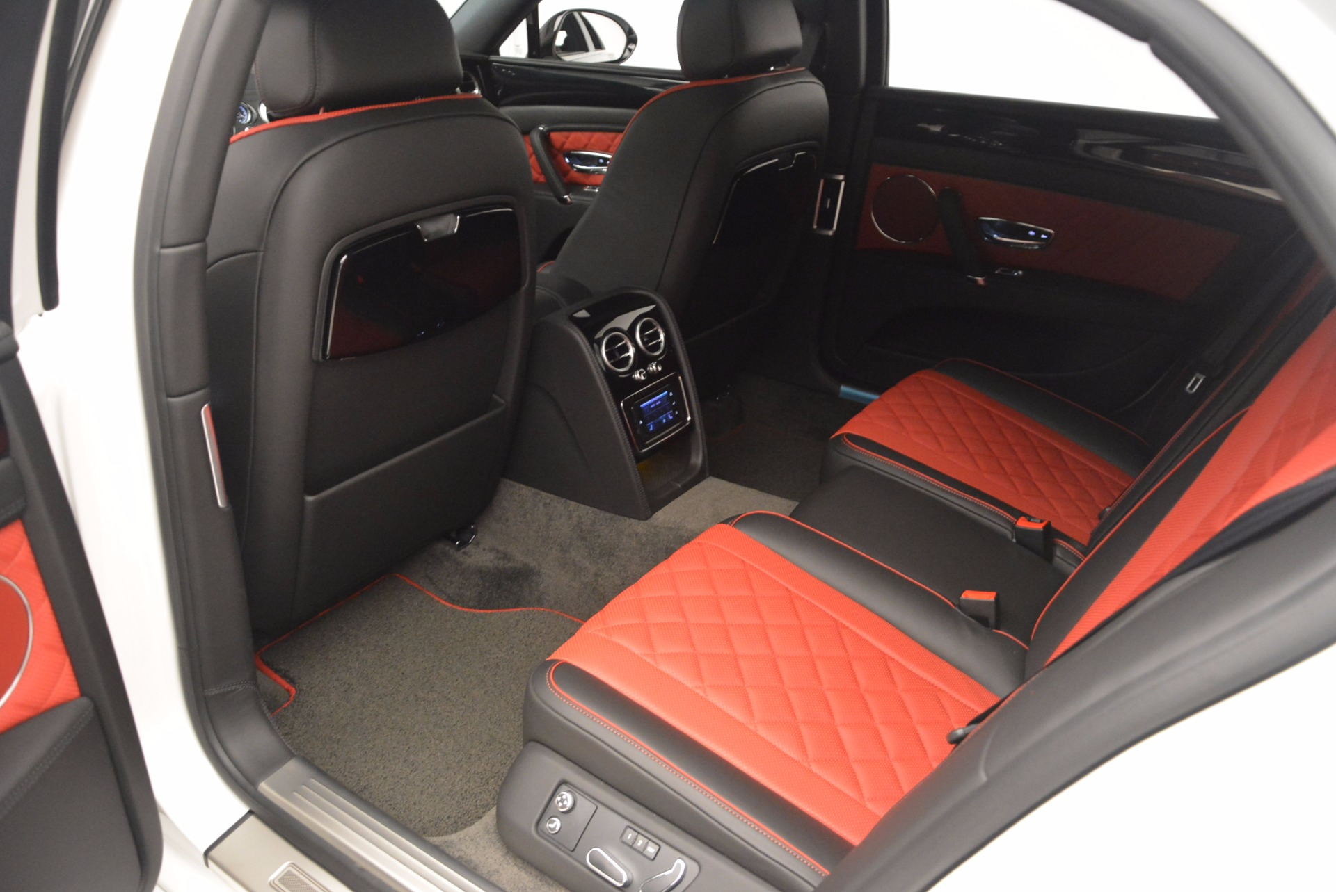 New 2017 Bentley Flying Spur V8 S For Sale In Greenwich, CT. Alfa Romeo of Greenwich, B1241 1060_p34