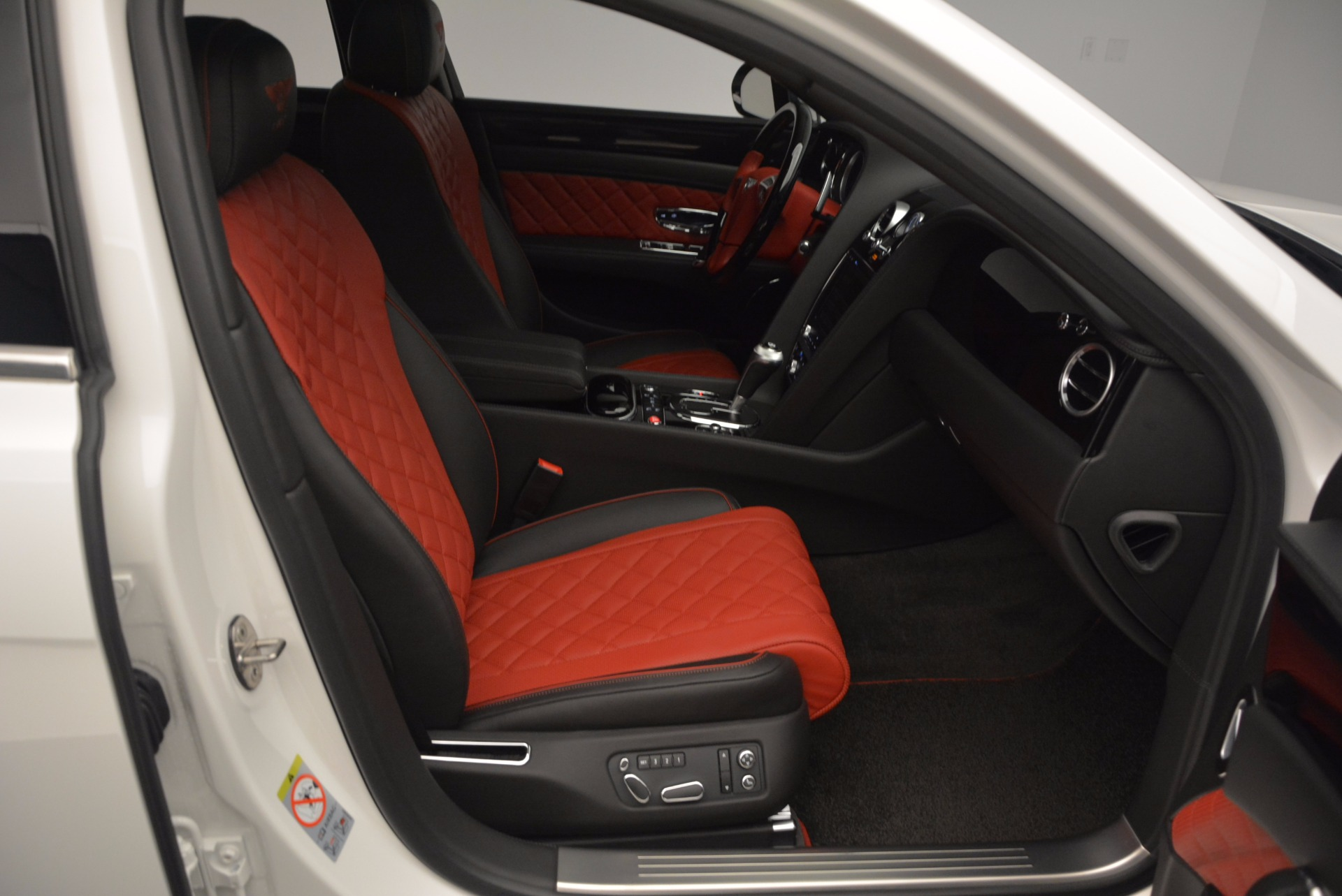 New 2017 Bentley Flying Spur V8 S For Sale In Greenwich, CT. Alfa Romeo of Greenwich, B1241 1060_p38