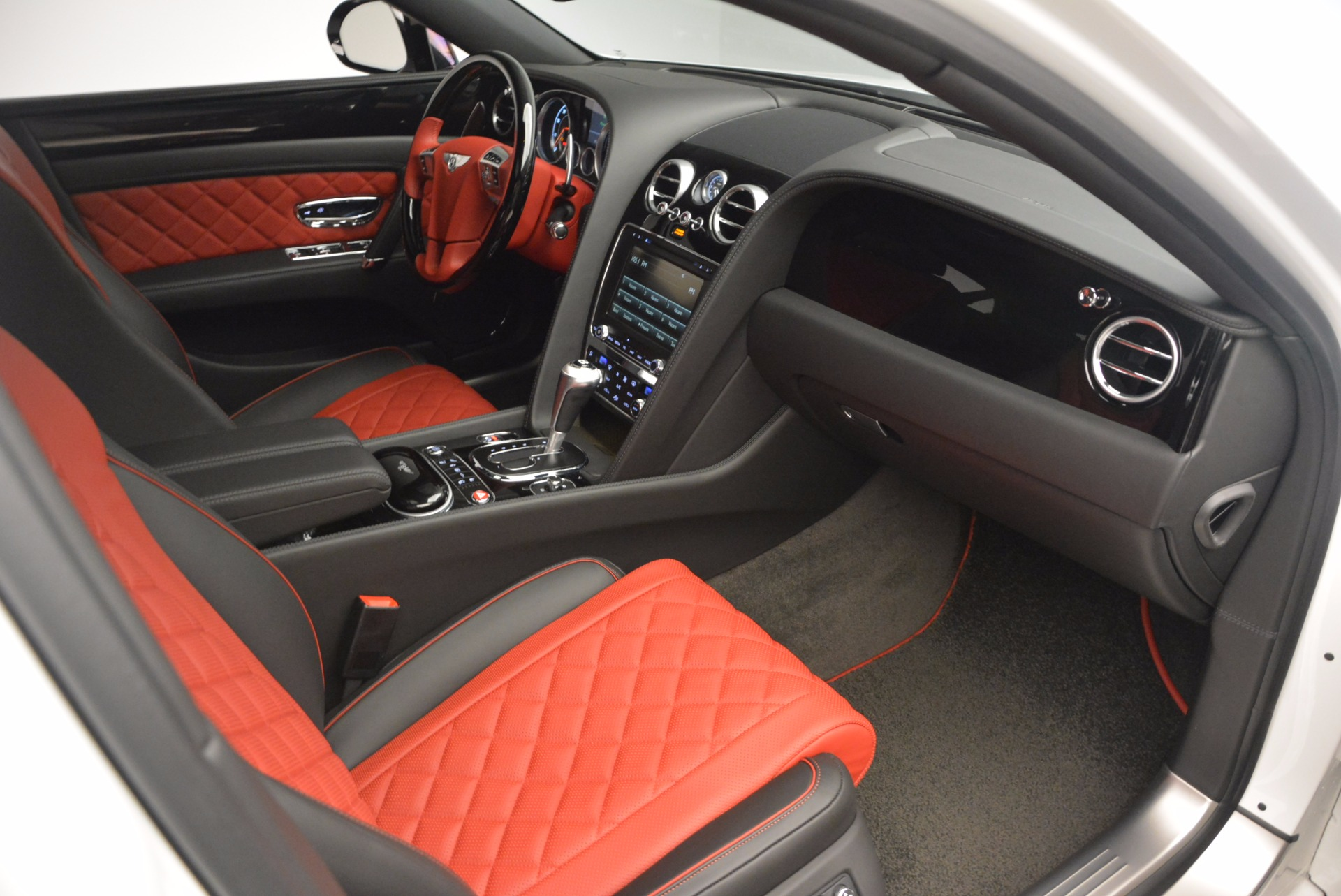 New 2017 Bentley Flying Spur V8 S For Sale In Greenwich, CT. Alfa Romeo of Greenwich, B1241 1060_p39