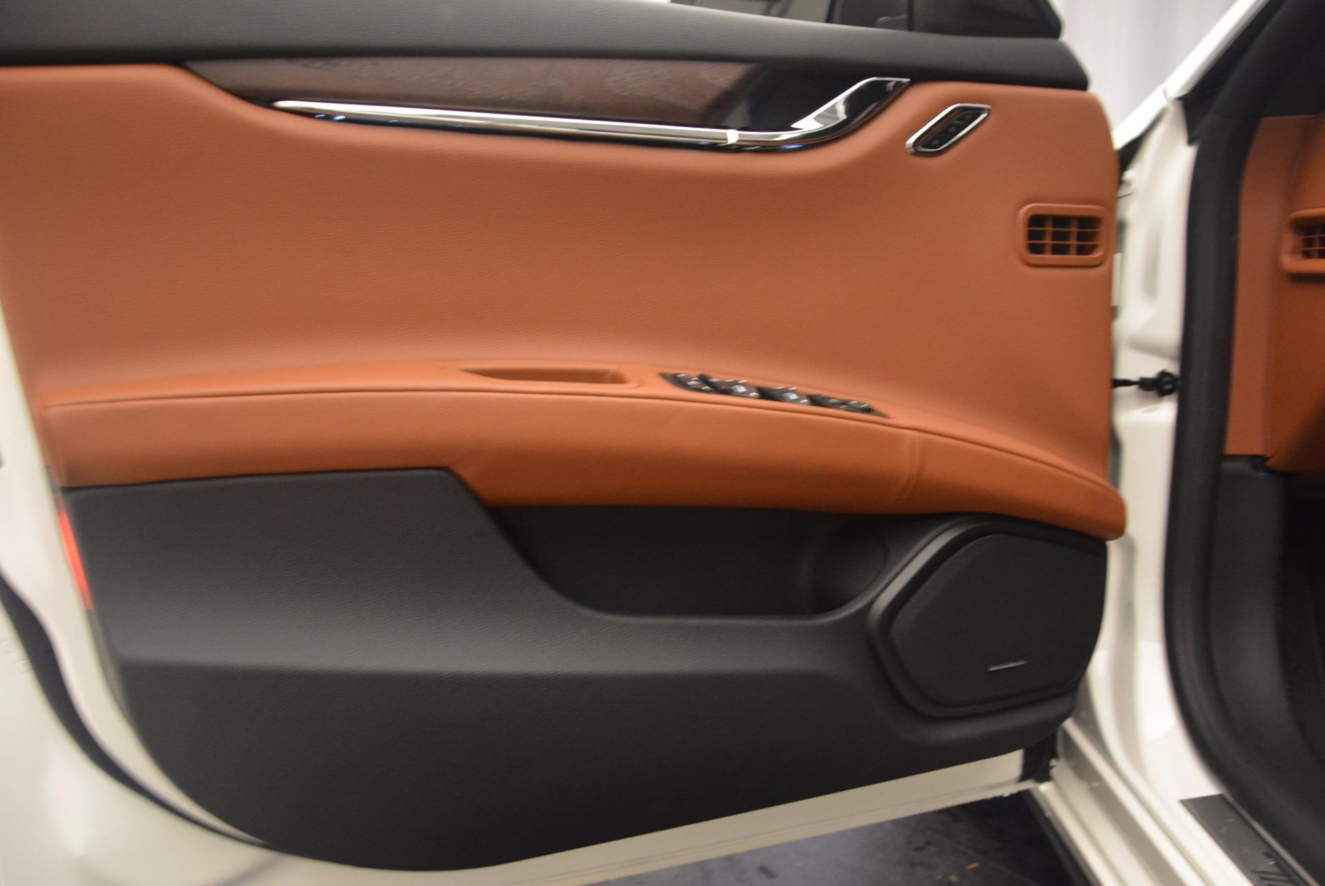 New 2017 Maserati Quattroporte SQ4 For Sale In Greenwich, CT. Alfa Romeo of Greenwich, W434 1065_p16