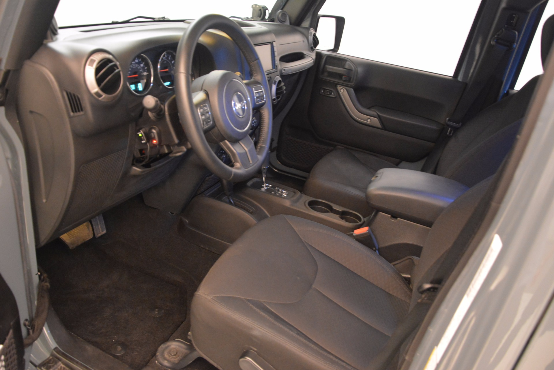 Used 2014 Jeep Wrangler Unlimited Sport For Sale In Greenwich, CT. Alfa Romeo of Greenwich, L063A 1068_p14