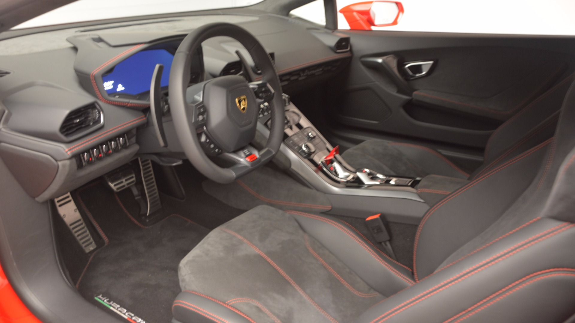Used 2016 Lamborghini Huracan LP 580-2 For Sale In Greenwich, CT. Alfa Romeo of Greenwich, 7184 1070_p20