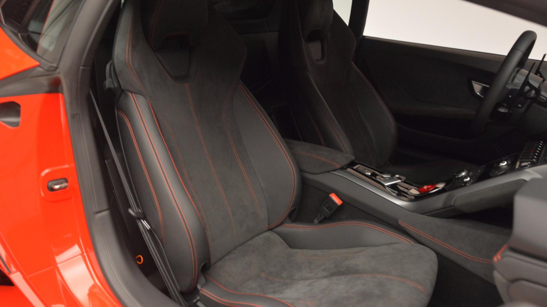 Used 2016 Lamborghini Huracan LP 580-2 For Sale In Greenwich, CT. Alfa Romeo of Greenwich, 7184 1070_p31