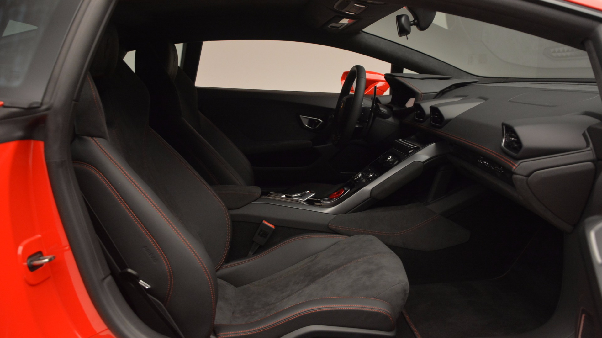 Used 2016 Lamborghini Huracan LP 580-2 For Sale In Greenwich, CT. Alfa Romeo of Greenwich, 7184 1070_p32