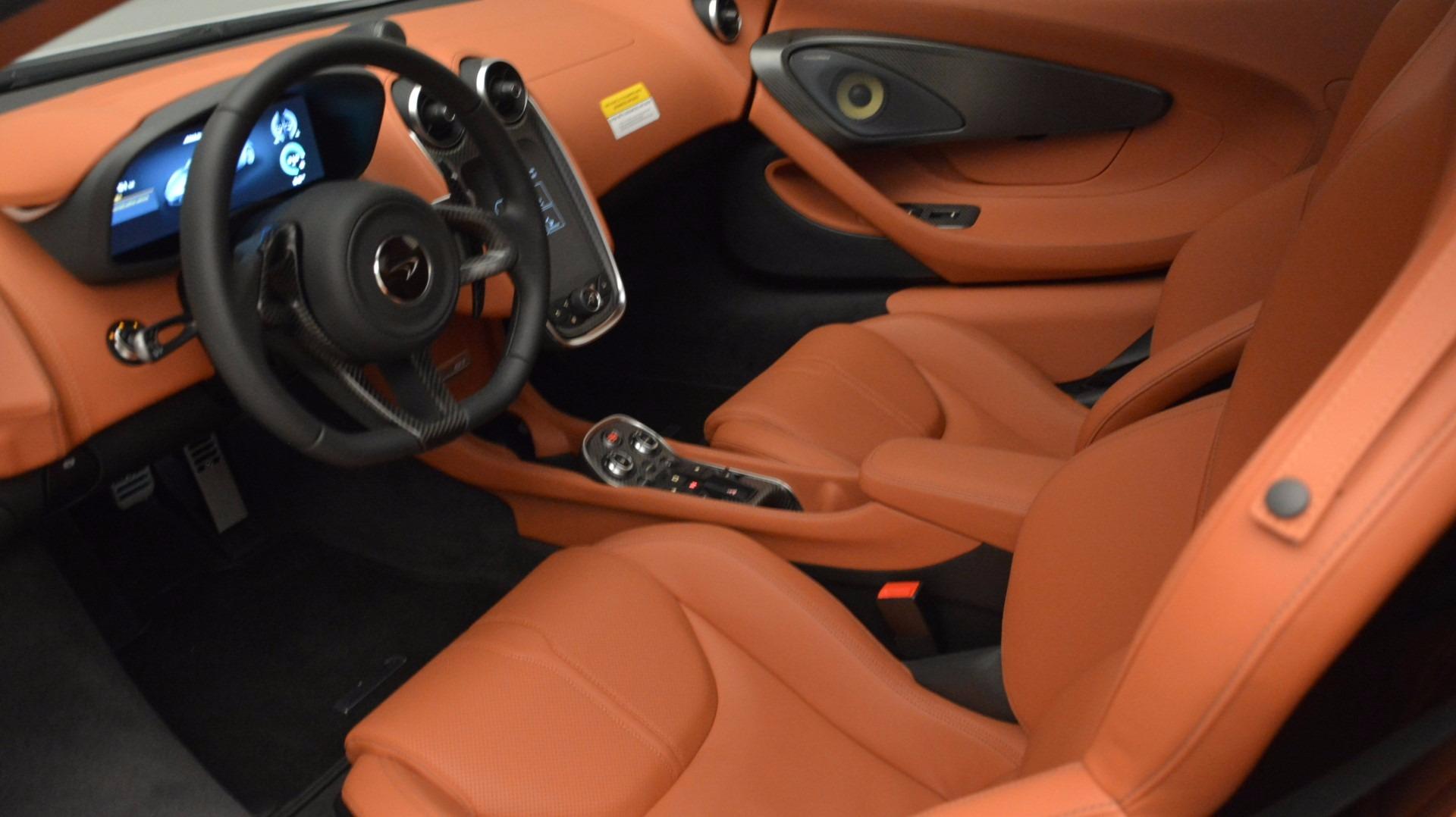 Used 2017 McLaren 570GT  For Sale In Greenwich, CT. Alfa Romeo of Greenwich, MC293 1074_p16