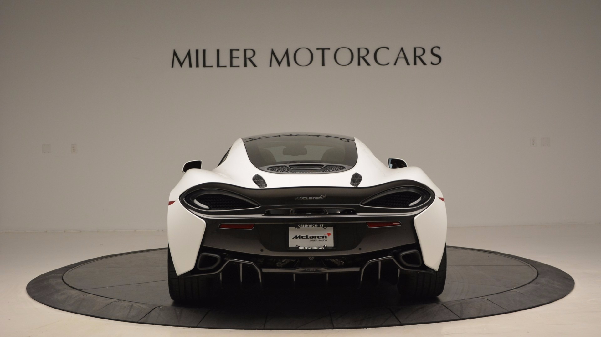 Used 2017 McLaren 570GT  For Sale In Greenwich, CT. Alfa Romeo of Greenwich, MC293 1074_p6